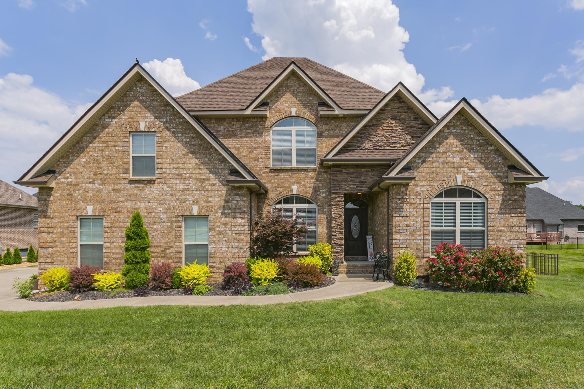 516 Piccadilly Dr, Murfreesboro, TN 37128 - Murfreesboro, TN real estate listing