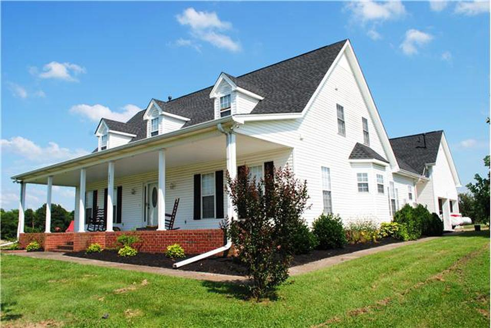 1038 Old Hopewell Rd , Castalian Springs, TN 37031 - Castalian Springs, TN real estate listing