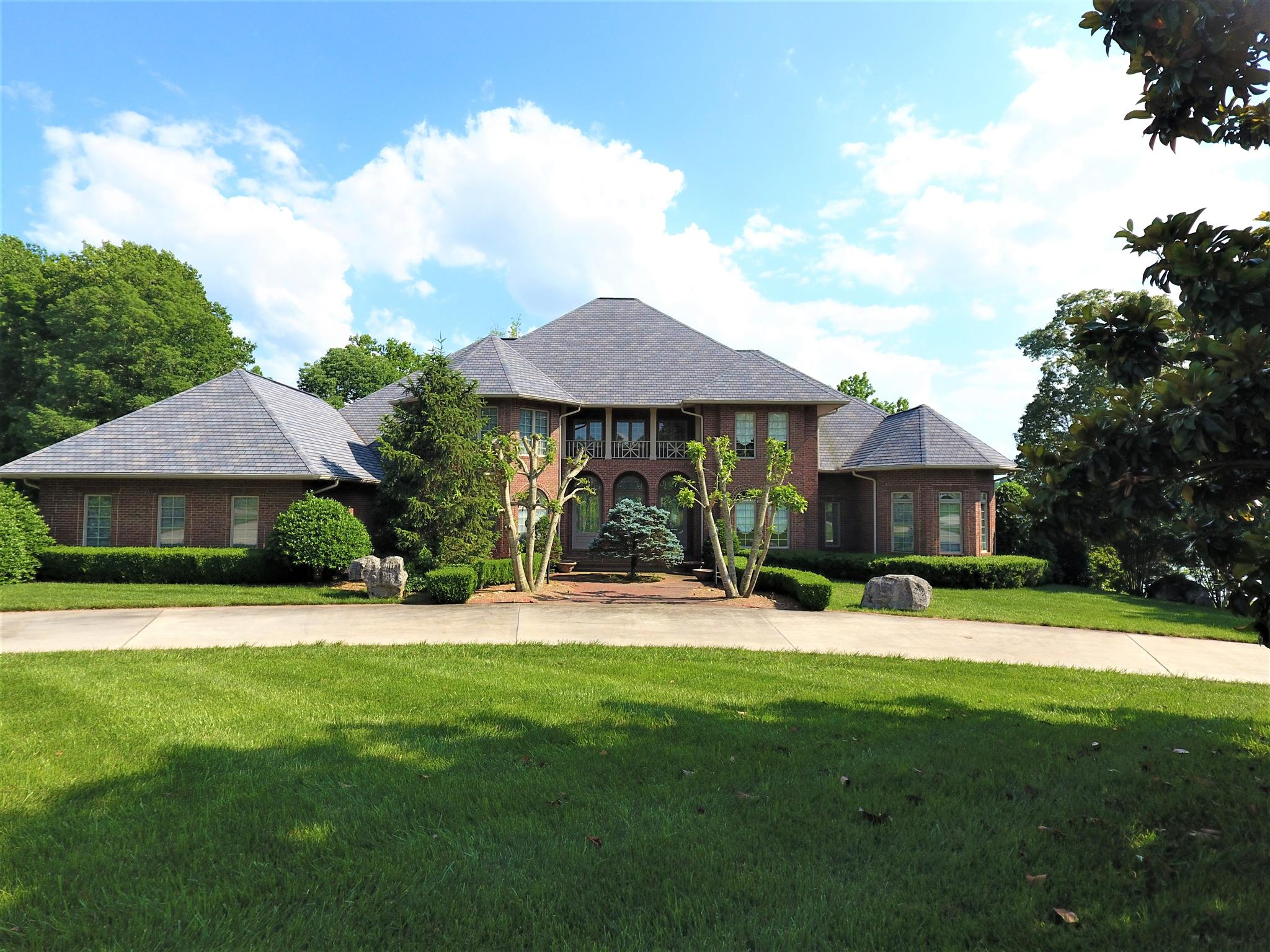 406 Lakeview Way, Winchester, TN 37398 - Winchester, TN real estate listing