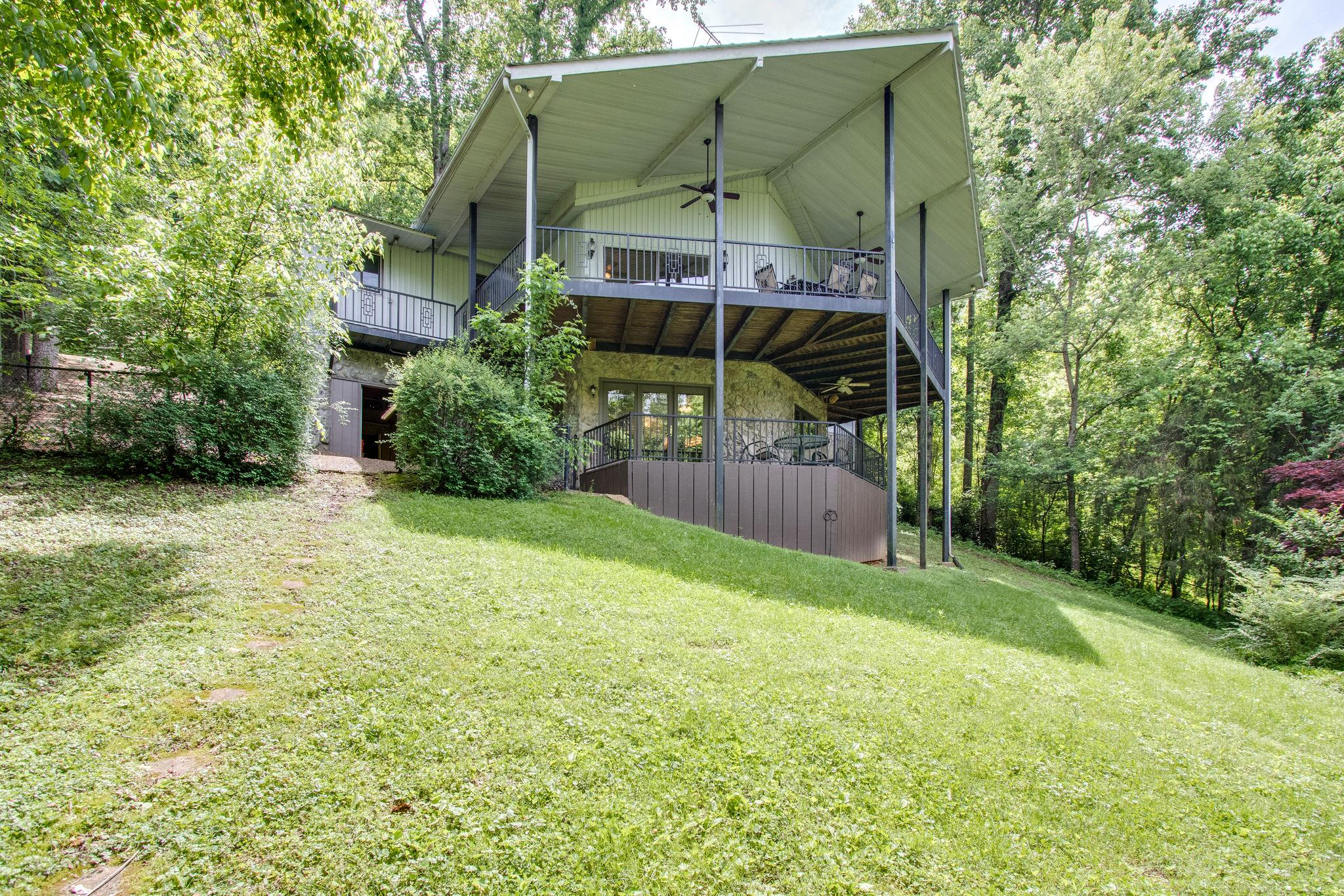 330 Hurricane Hill Dr, Silver Point, TN 38582 - Silver Point, TN real estate listing