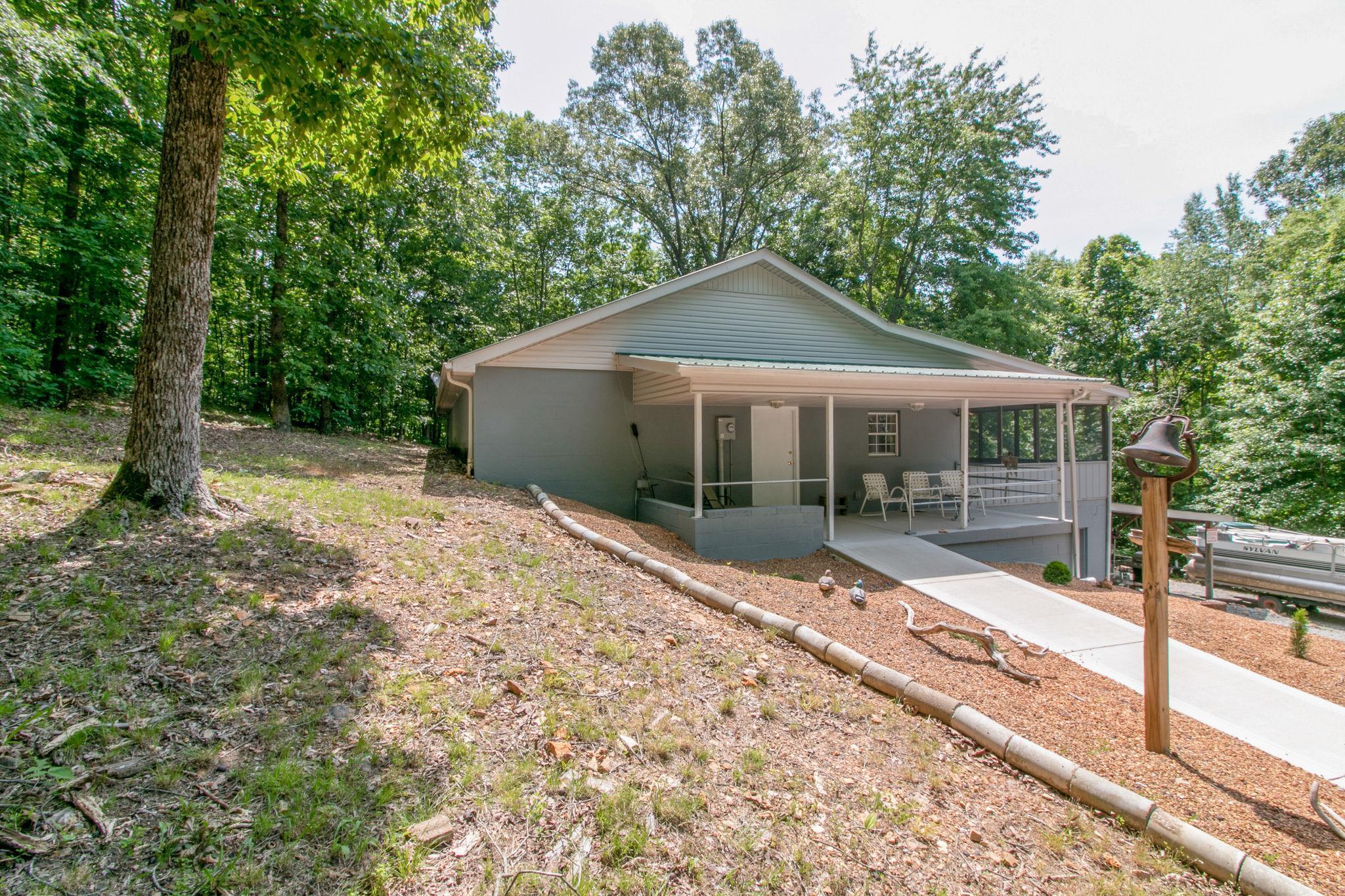 170 Cheree Loop, Stewart, TN 37175 - Stewart, TN real estate listing