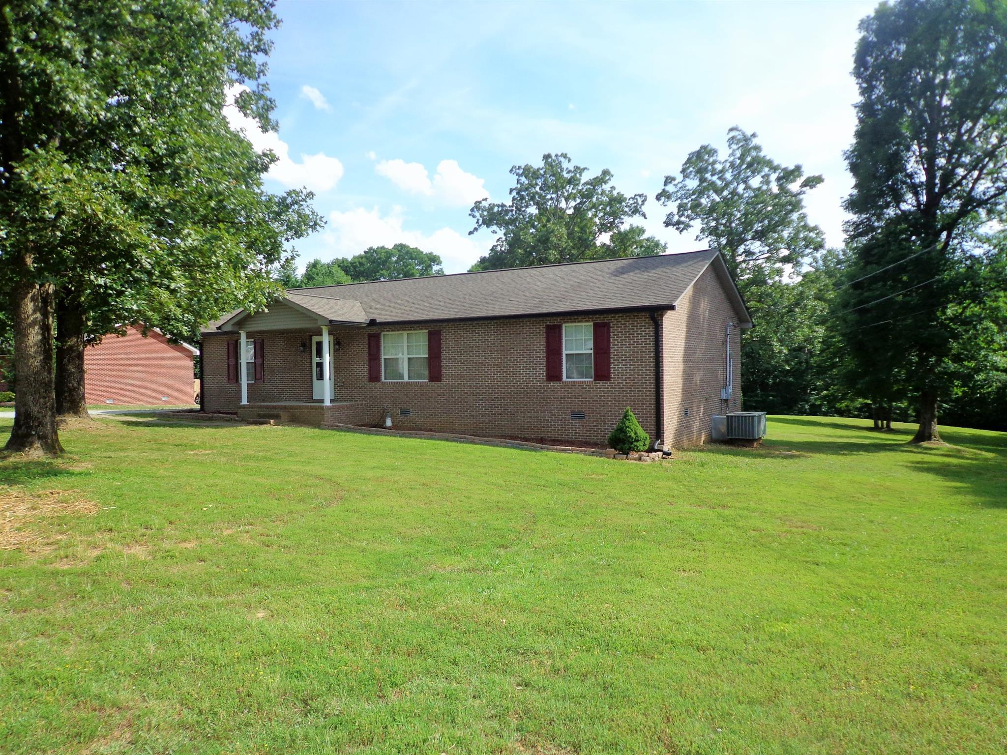 448 River Oaks Dr, New Johnsonville, TN 37134 - New Johnsonville, TN real estate listing