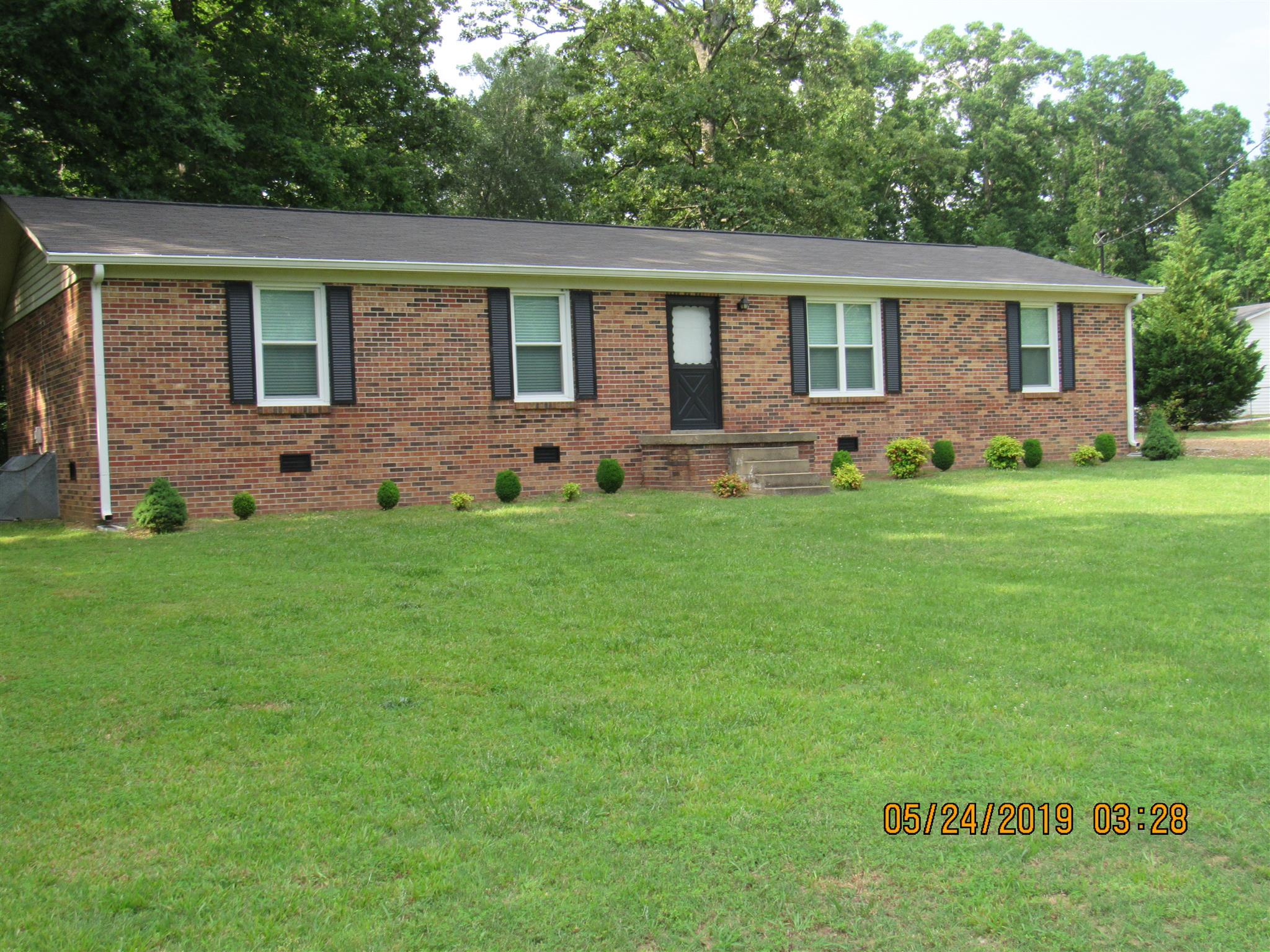 744 Oakland Dr, New Johnsonville, TN 37134 - New Johnsonville, TN real estate listing