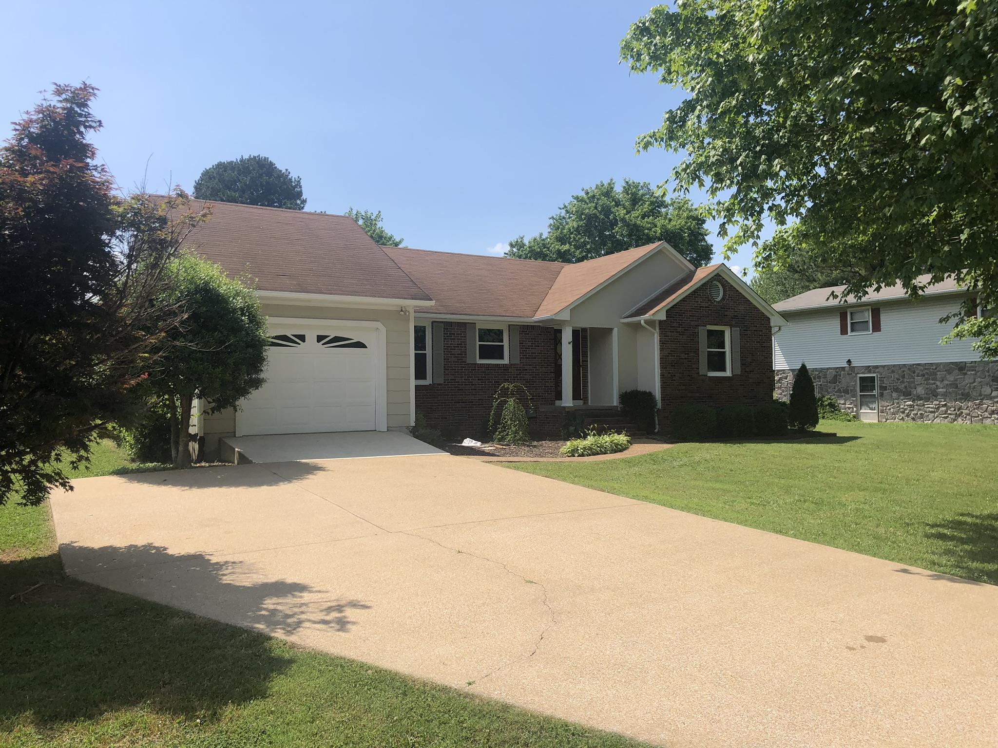 217 Millcreek Dr, Loretto, TN 38469 - Loretto, TN real estate listing