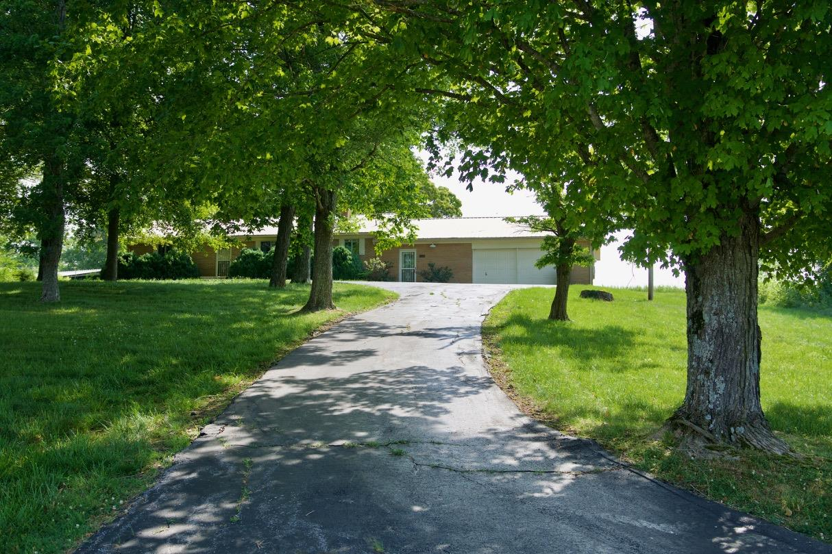 3711 Gainesboro Grade, Cookeville, TN 38501 - Cookeville, TN real estate listing