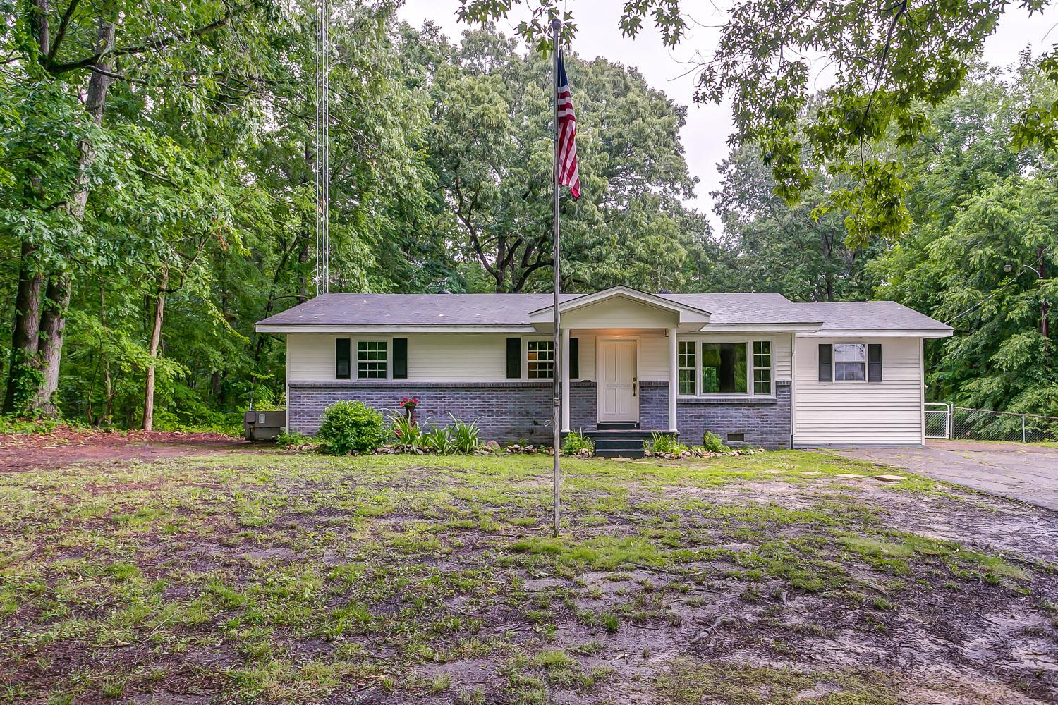 816 Post Oak Rd, Camden, TN 38320 - Camden, TN real estate listing