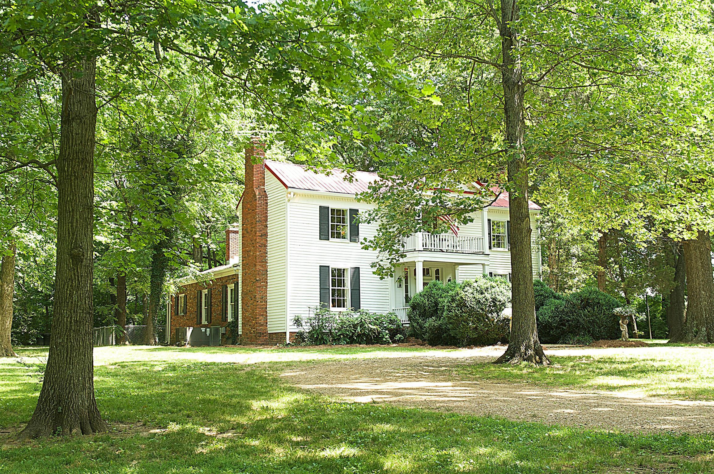 588 Douglas Lane, Gallatin, TN 37066 - Gallatin, TN real estate listing