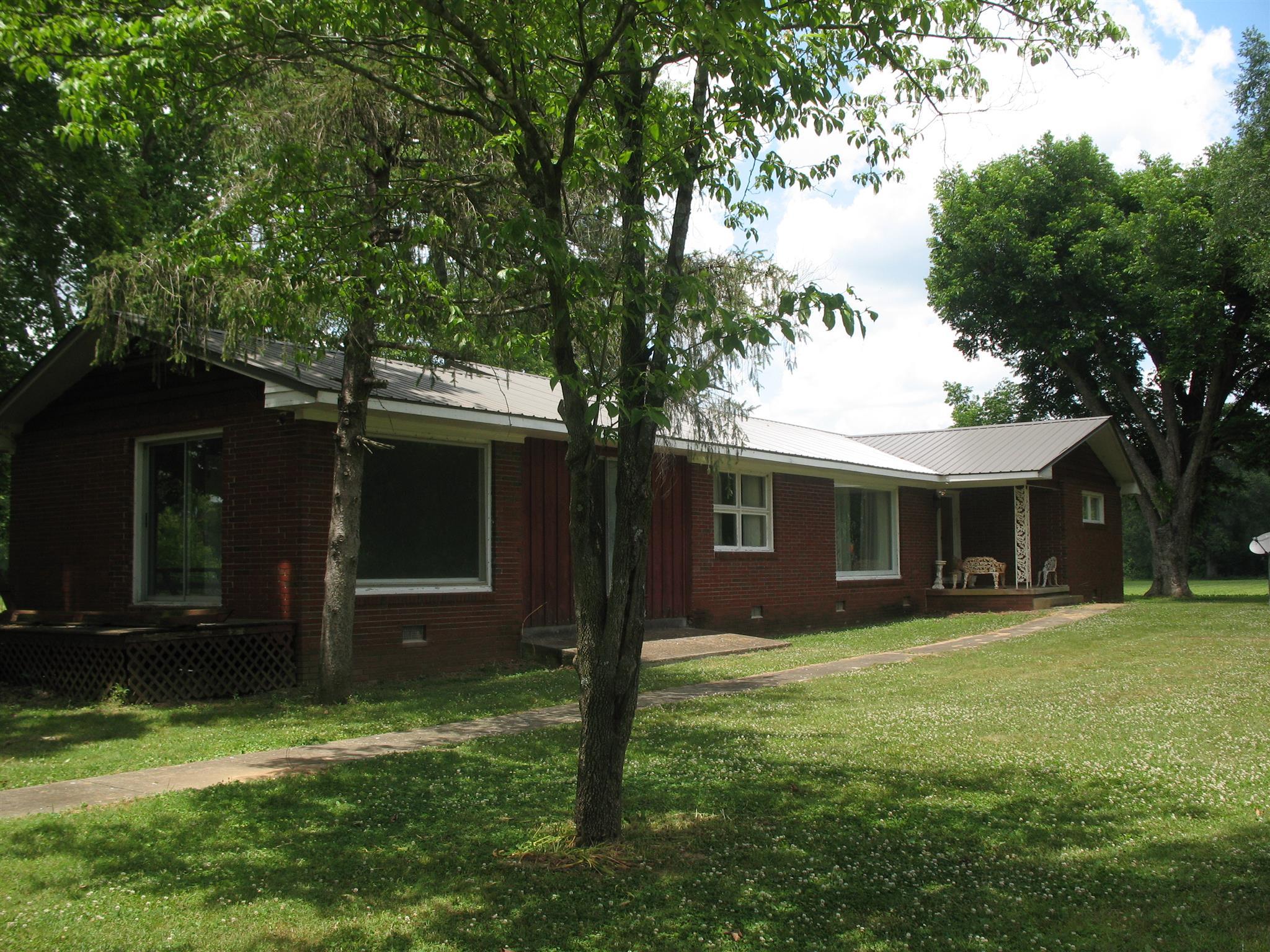 330 Elora Rd, Huntland, TN 37345 - Huntland, TN real estate listing