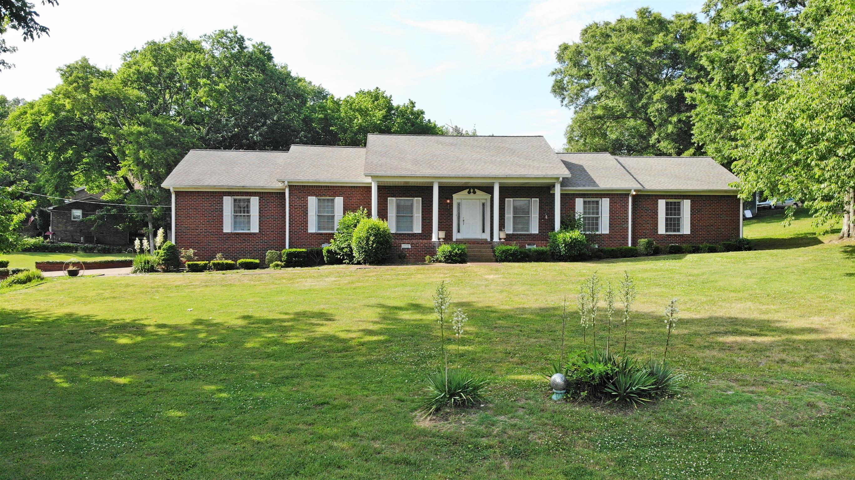 301 Mathes Dr, Goodlettsville, TN 37072 - Goodlettsville, TN real estate listing