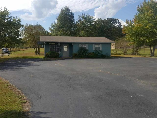 537 Florida Ave N Property Photo - Parsons, TN real estate listing