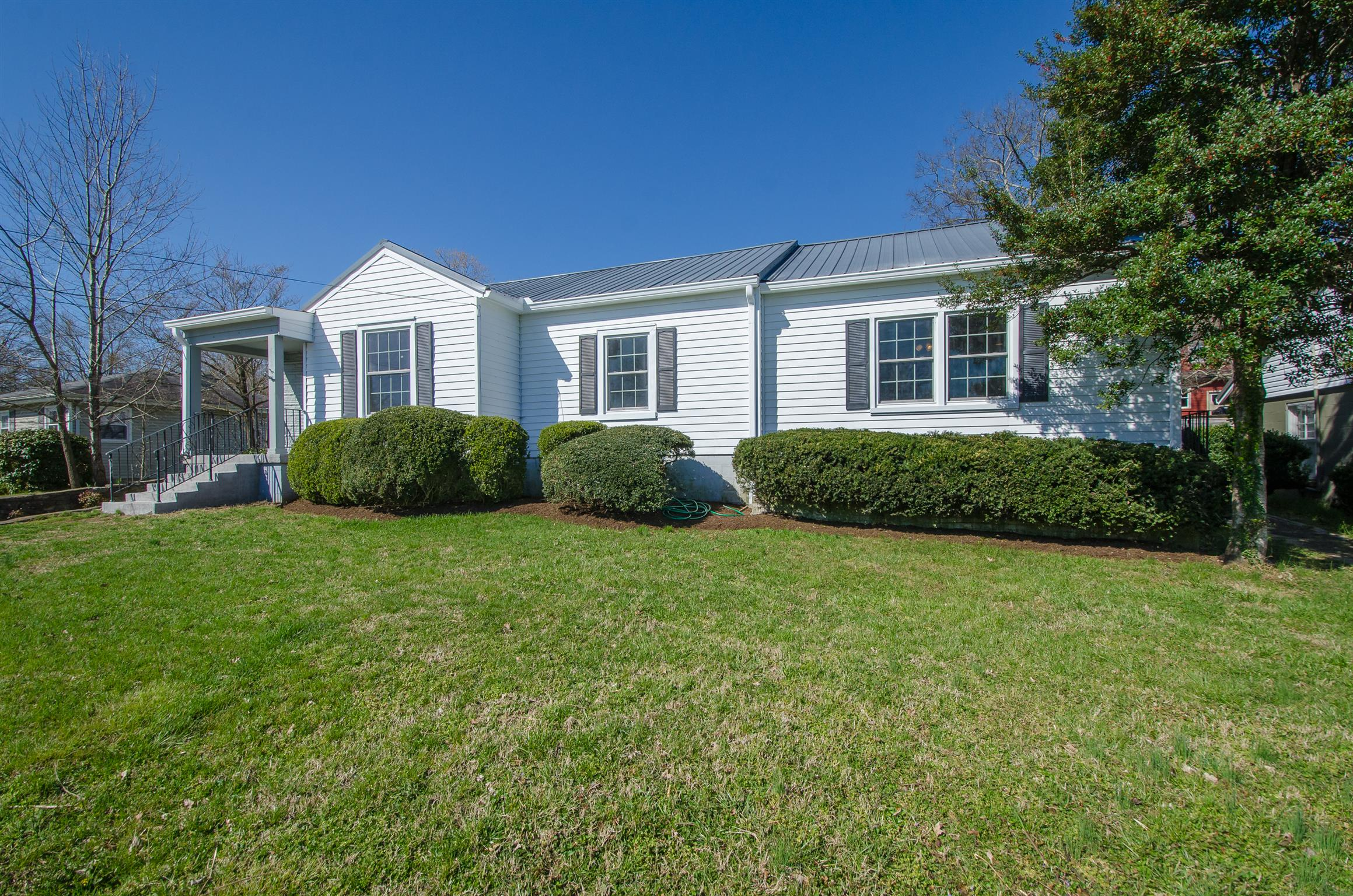 813 W End Cir, Franklin, TN 37064 - Franklin, TN real estate listing