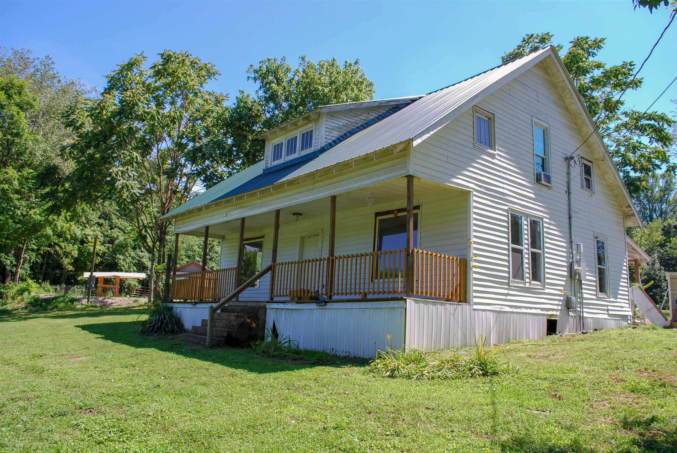 245 Old Lake Rd, Red Boiling Springs, TN 37150 - Red Boiling Springs, TN real estate listing
