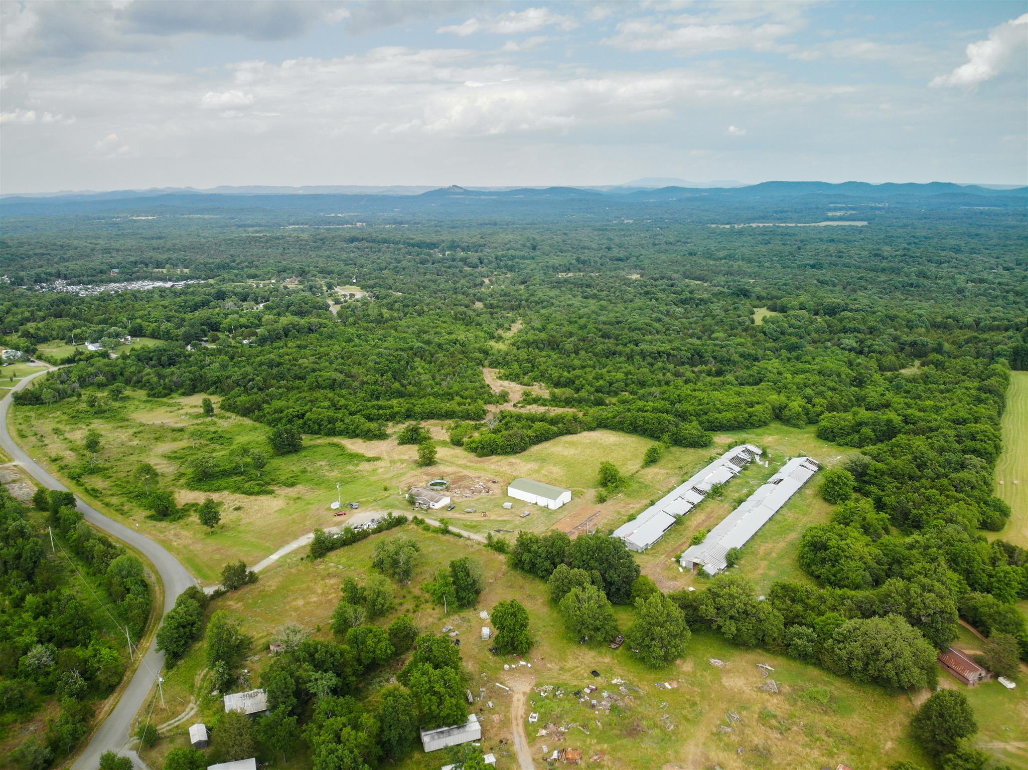 6136 Manus Rd, Murfreesboro, TN 37127 - Murfreesboro, TN real estate listing