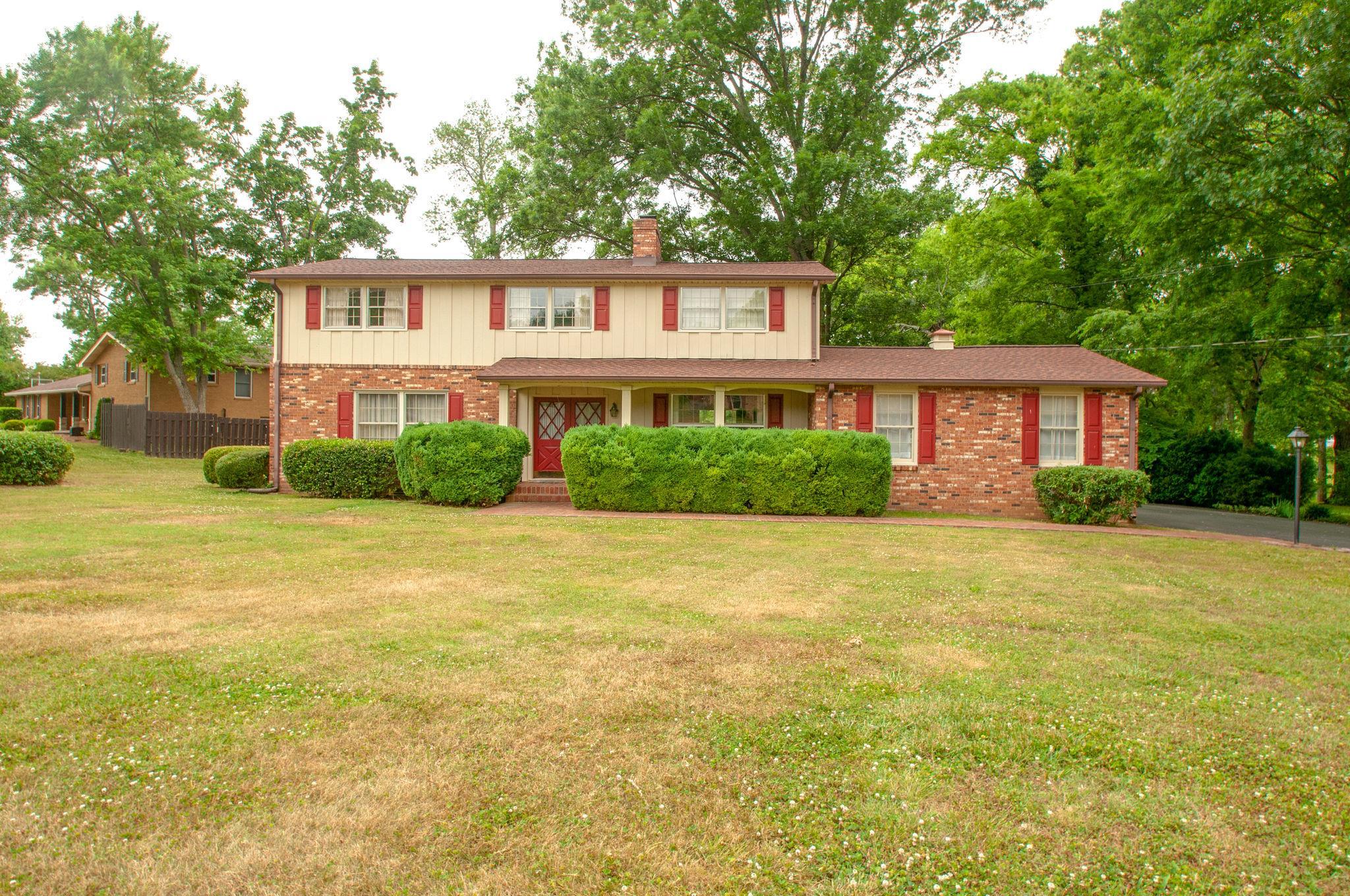 190 Cherokee Rd, Hendersonville, TN 37075 - Hendersonville, TN real estate listing