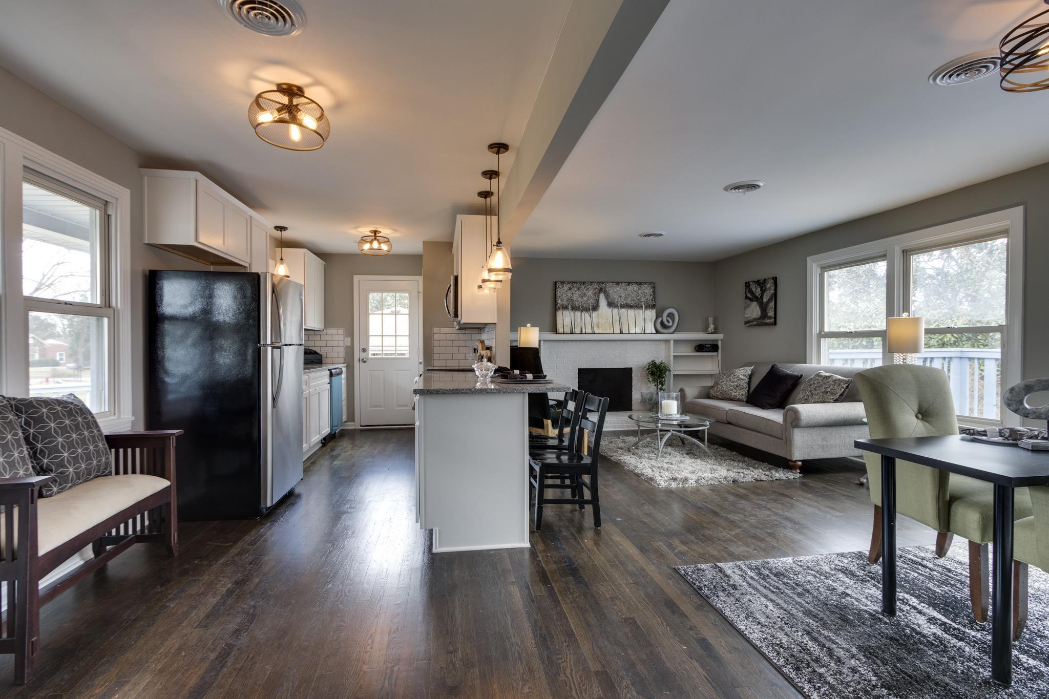 2154 Brookview Dr, Nashville, TN 37214 - Nashville, TN real estate listing