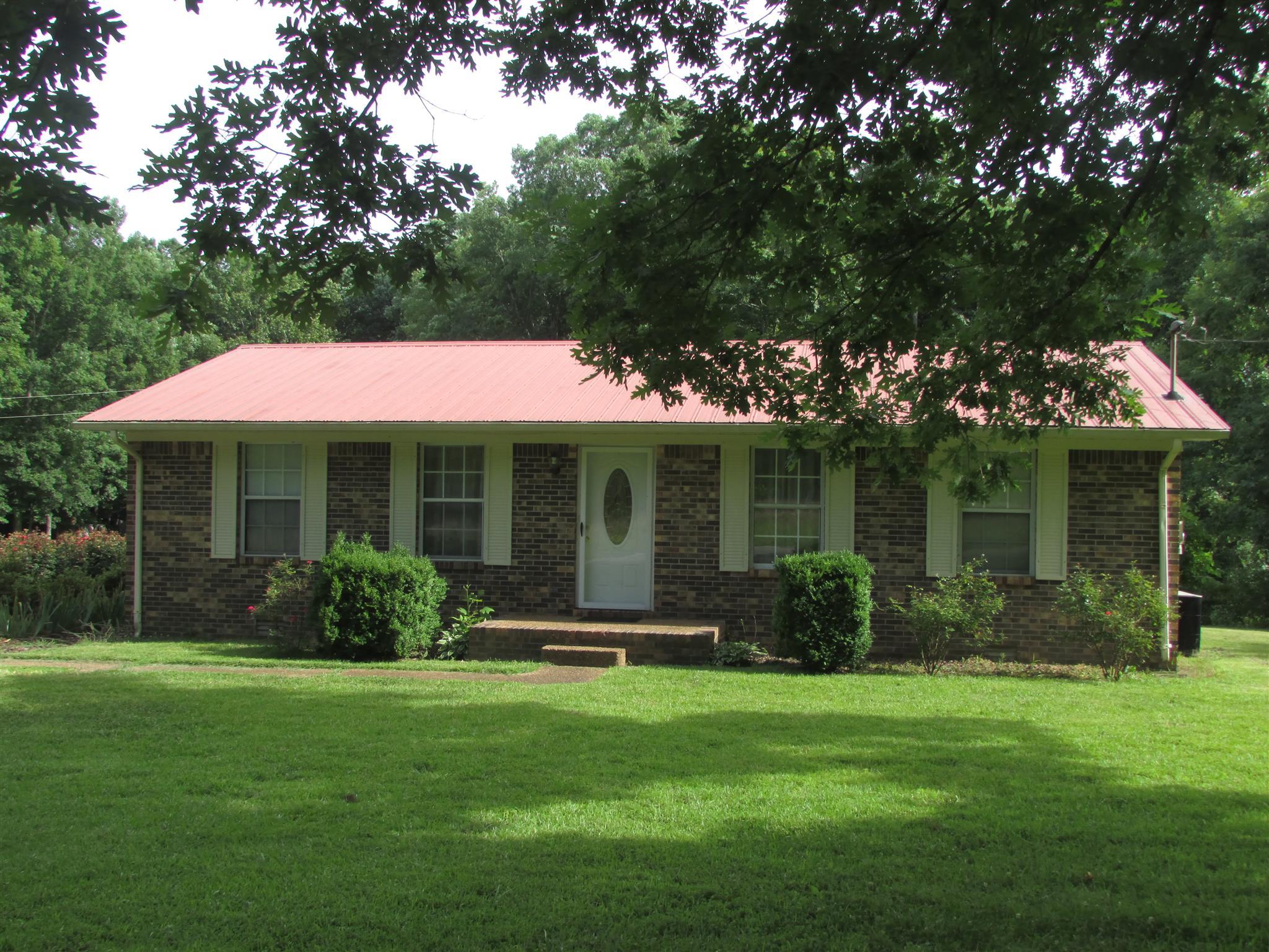 527 Fairview Rd, S, Loretto, TN 38469 - Loretto, TN real estate listing