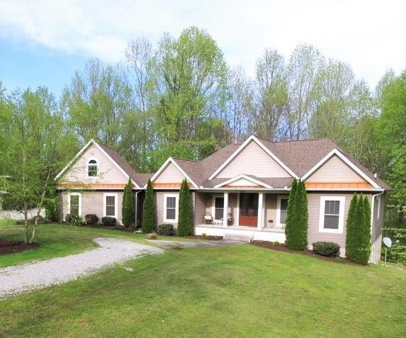 425 Lafever Ridge Rd, Silver Point, TN 38582 - Silver Point, TN real estate listing