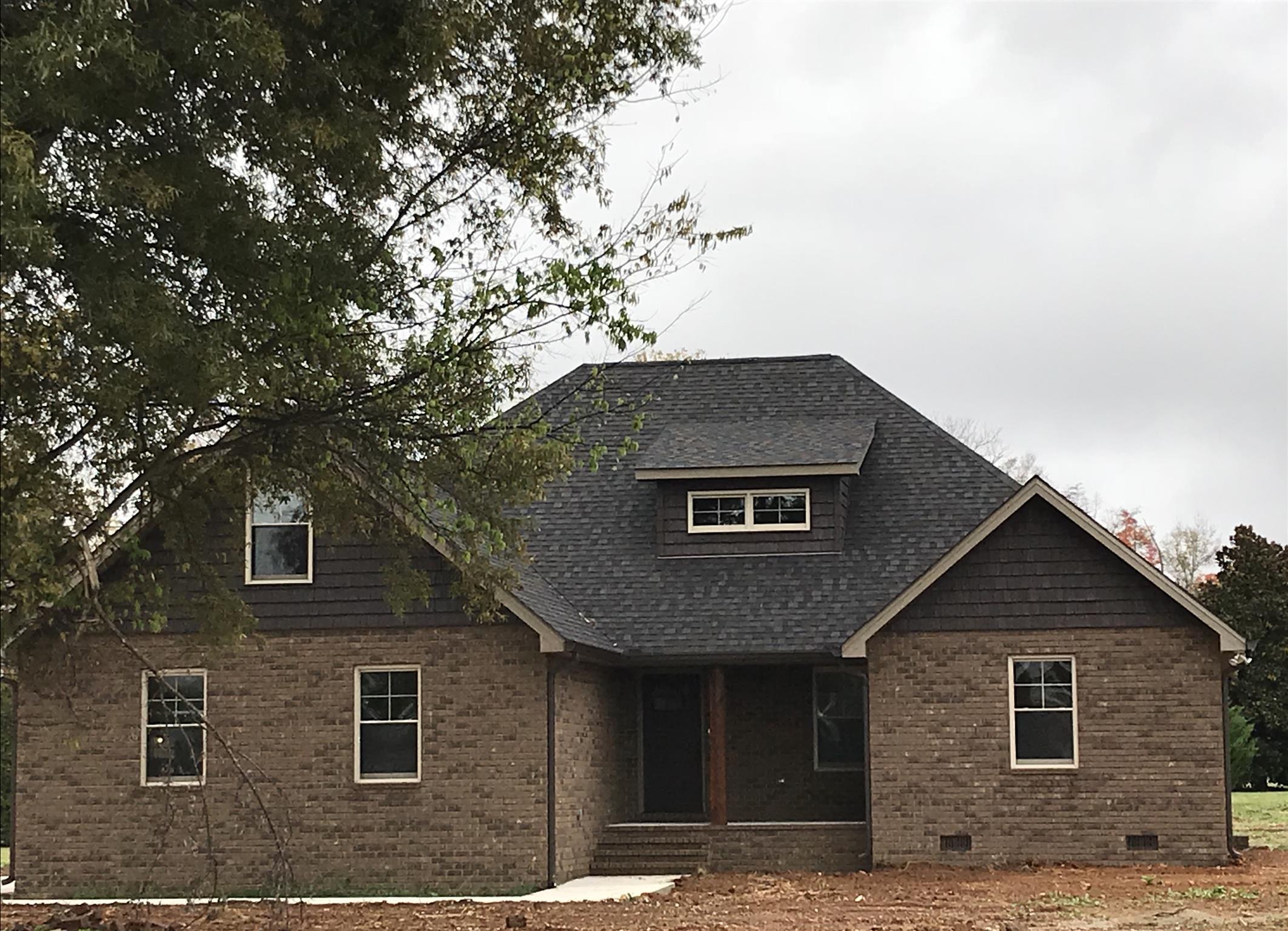 211 Mason Pl, Decherd, TN 37324 - Decherd, TN real estate listing