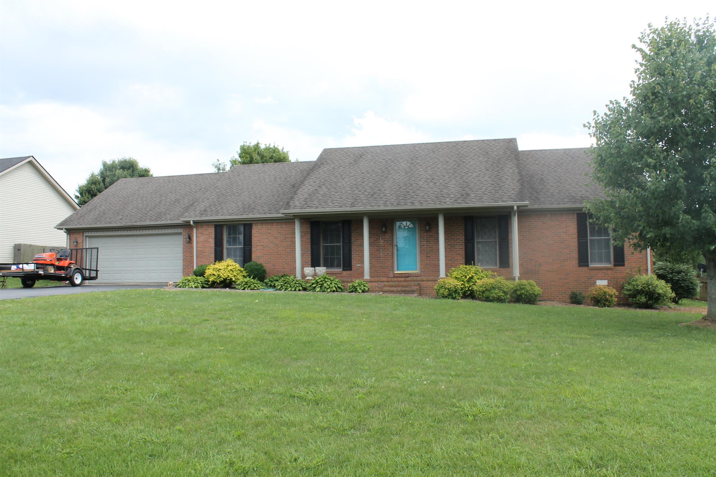 1417 Shallow Lake Circle, Hopkinsville, KY 42240 - Hopkinsville, KY real estate listing