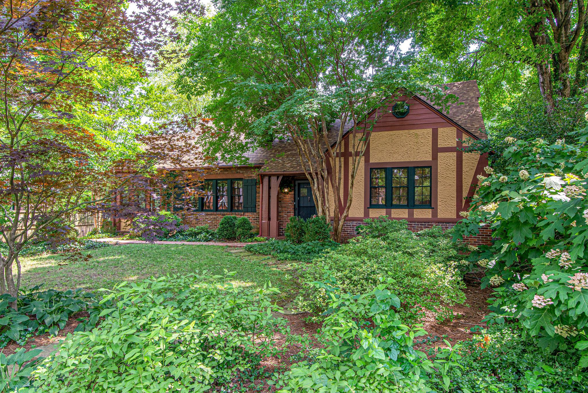 1110 Riverwood Dr, Nashville, TN 37216 - Nashville, TN real estate listing