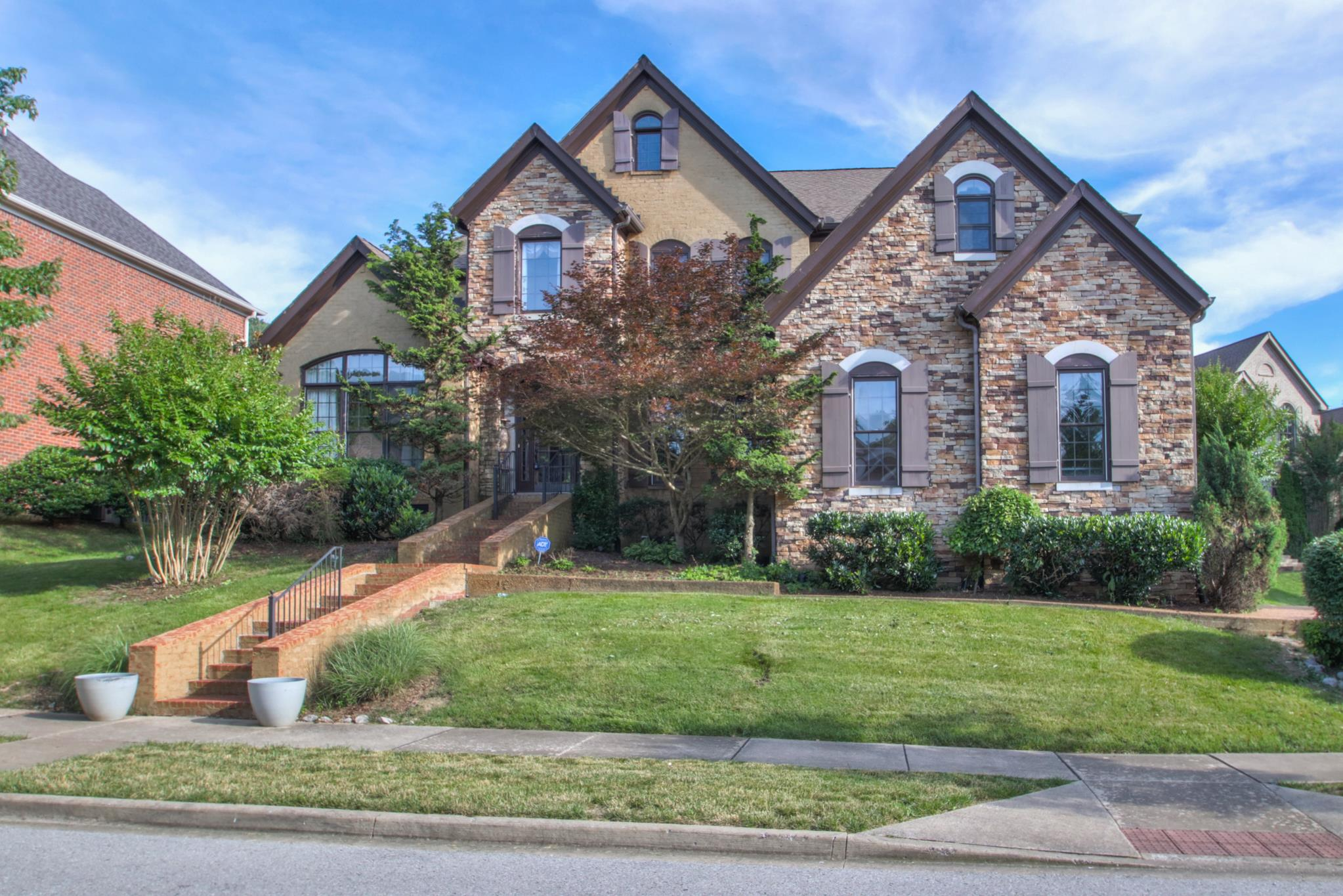 Avalon Sec 1 Real Estate Listings Main Image