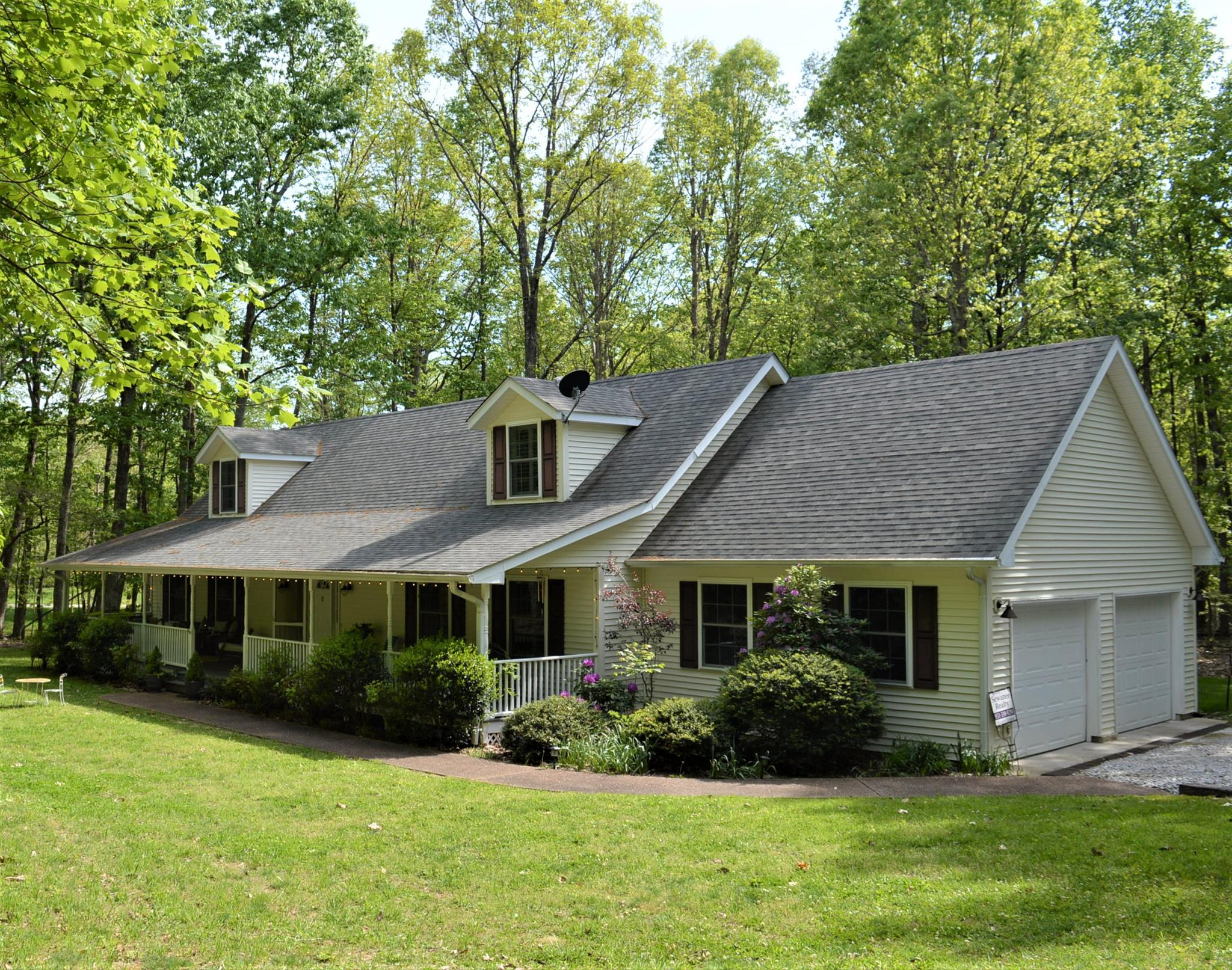 310 Wiggins Creek Drive, Sewanee, TN 37375 - Sewanee, TN real estate listing