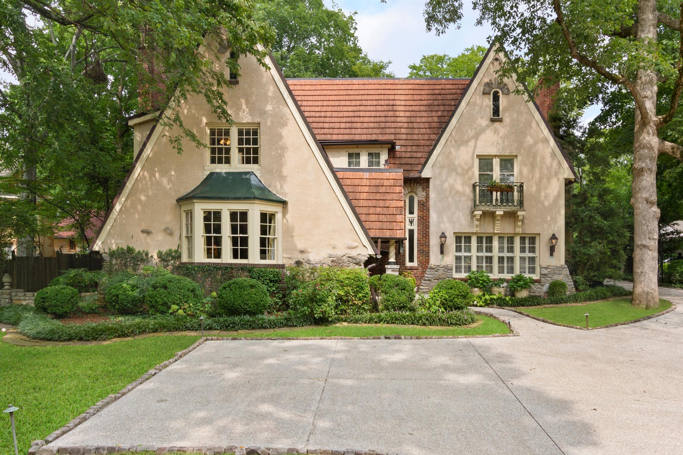 206 Deer Park Dr, Nashville, TN 37205 - Nashville, TN real estate listing