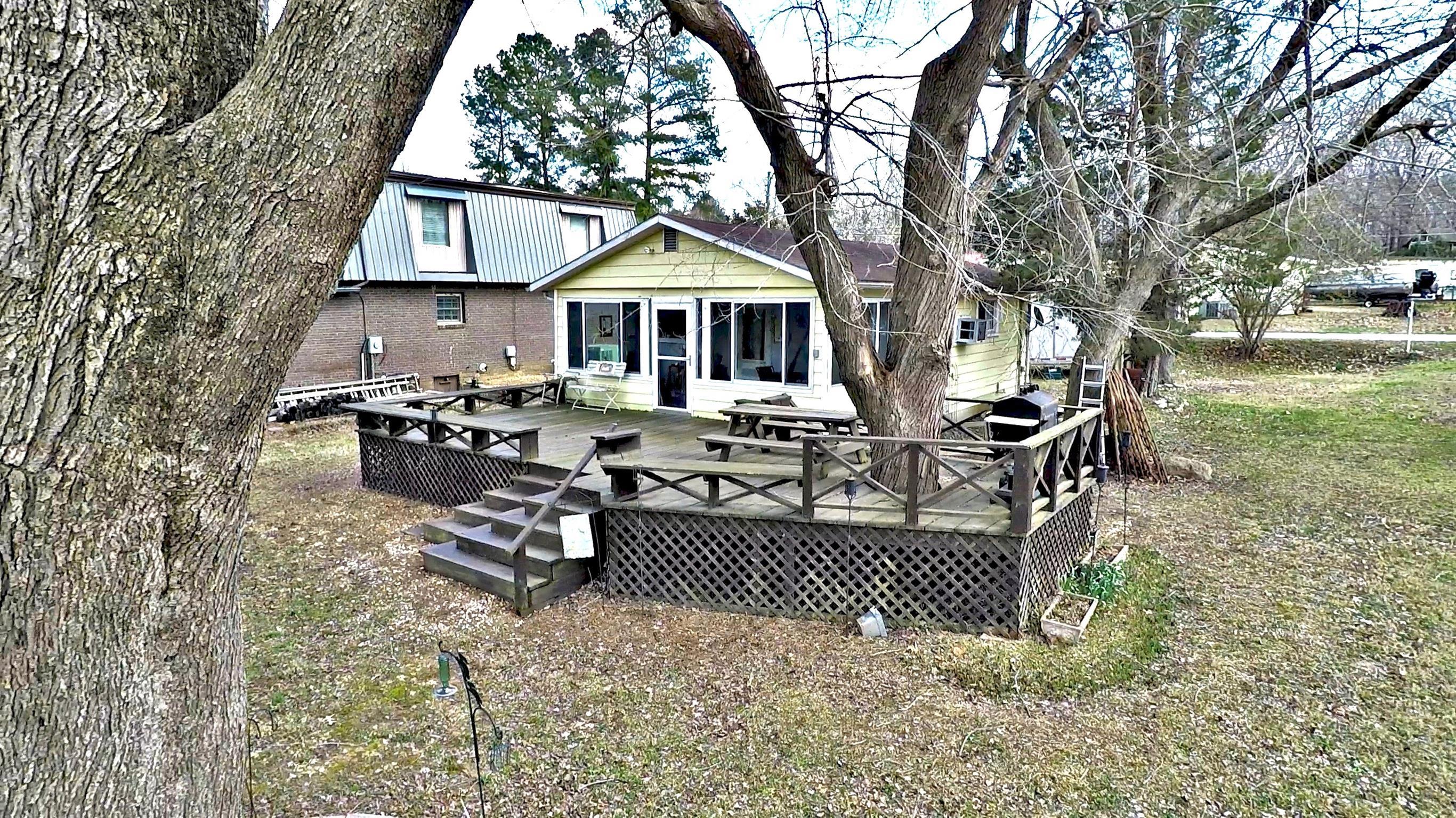 1185 Lakeview Dr, Springville, TN 38256 - Springville, TN real estate listing