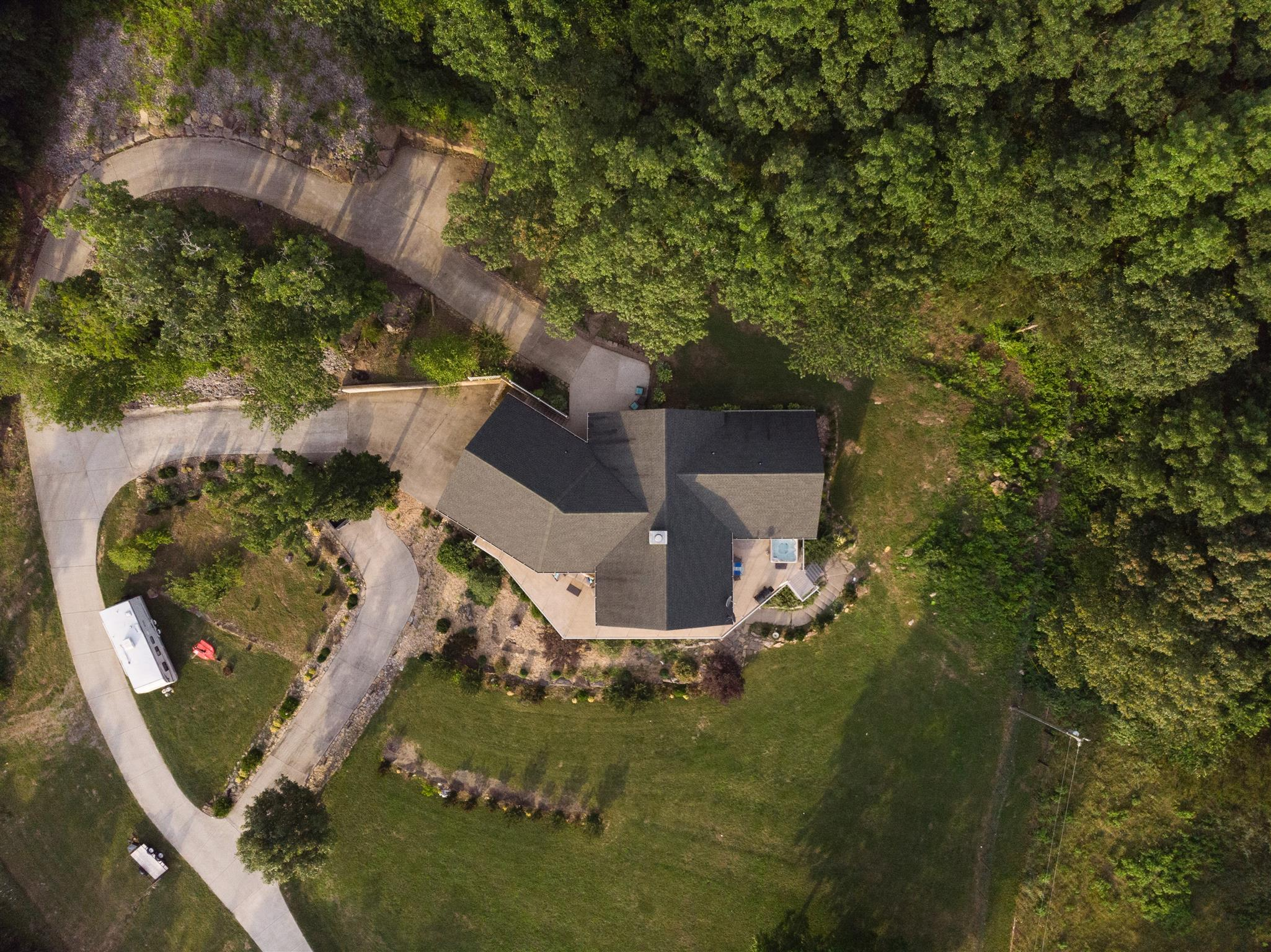 632 Coop Rd, Bell Buckle, TN 37020 - Bell Buckle, TN real estate listing
