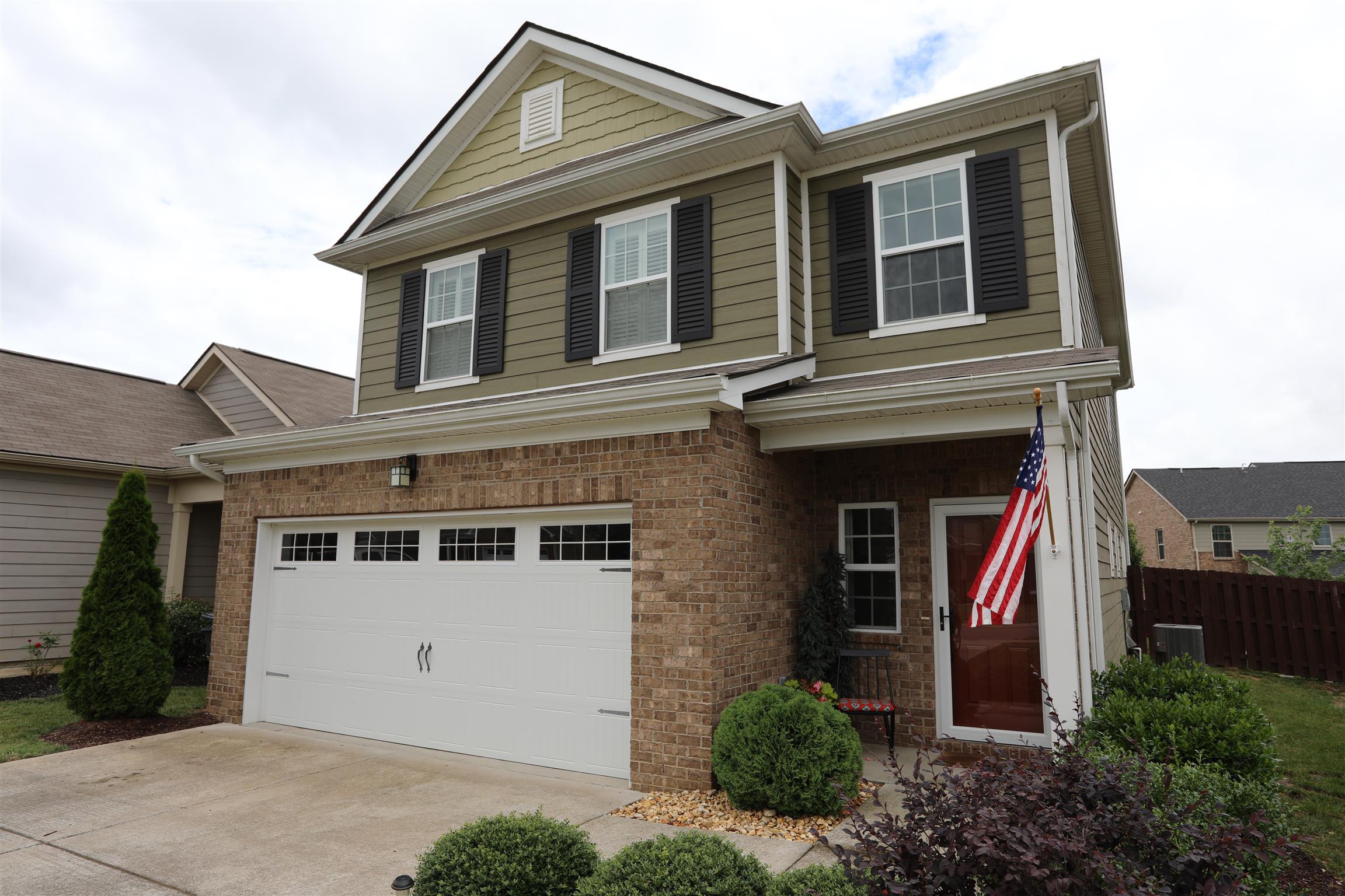 Woodside Ph3 Sec2 Real Estate Listings Main Image