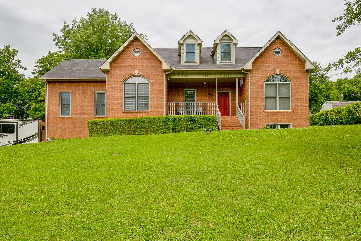 Hendersonville Real Estate Listings Main Image
