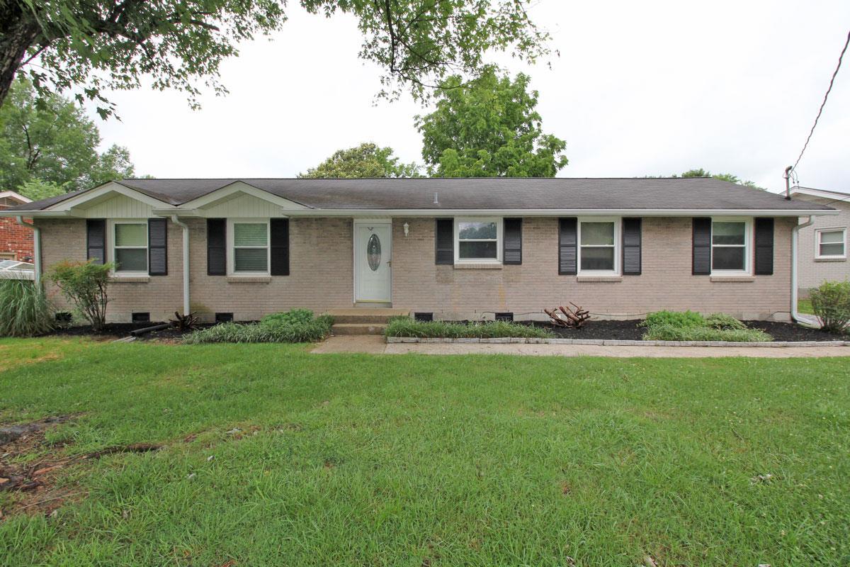 208 Southburn Dr, Hendersonville, TN 37075 - Hendersonville, TN real estate listing