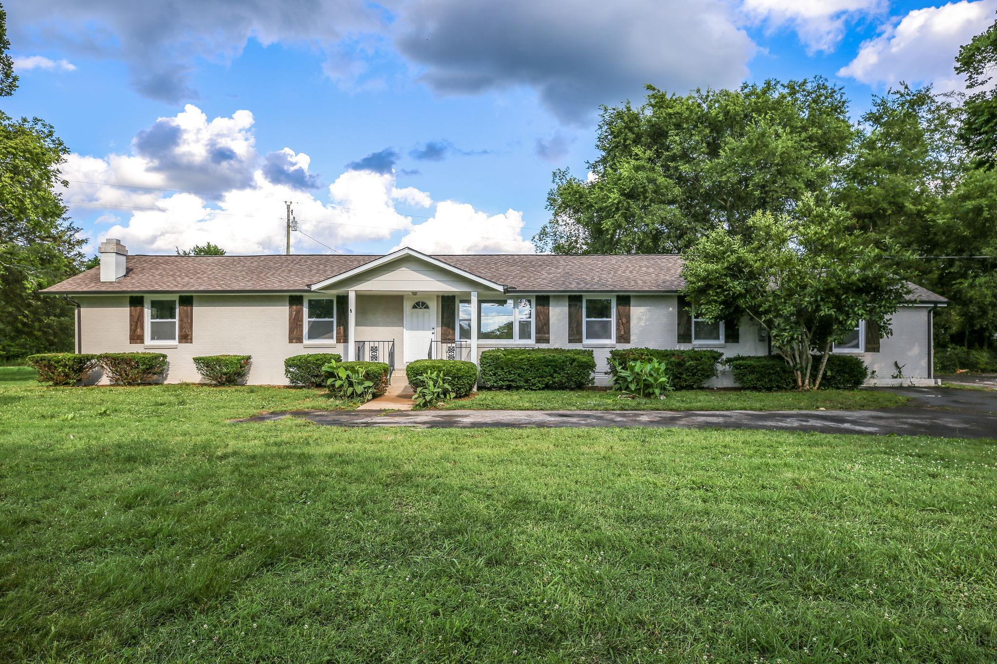 1 Acre Lot Real Estate Listings Main Image
