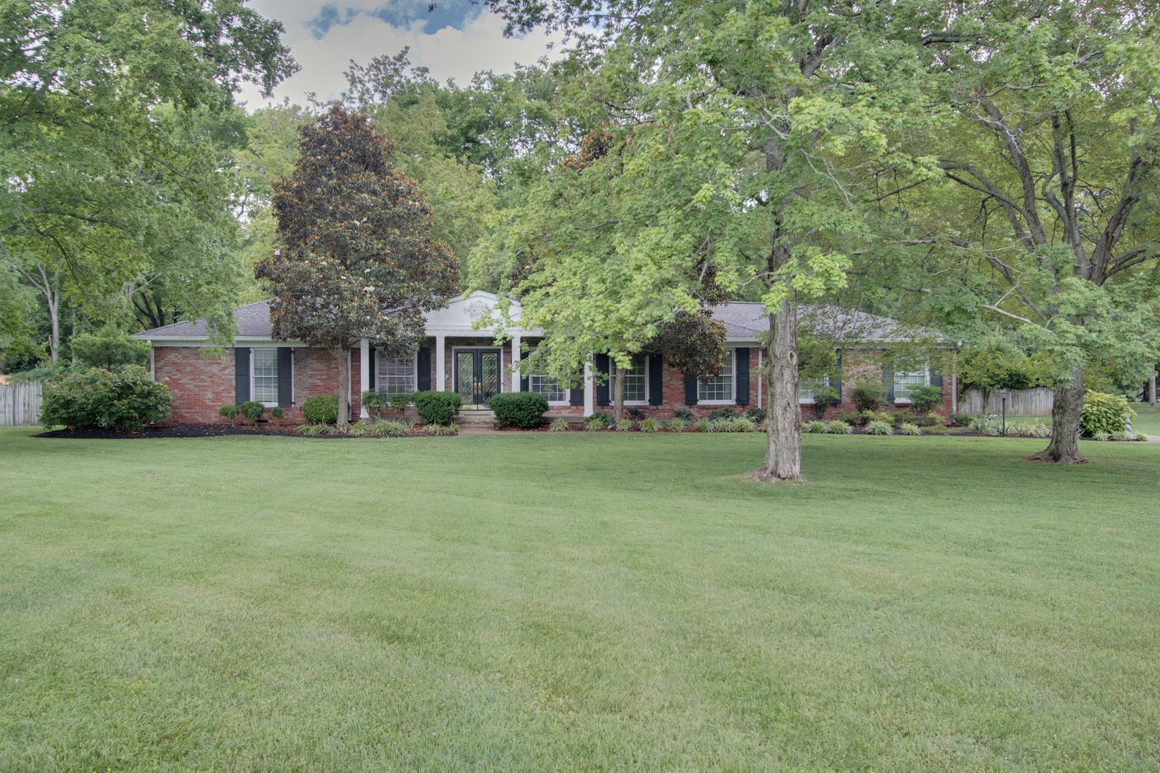 914 Waterswood Dr, Nashville, TN 37220 - Nashville, TN real estate listing