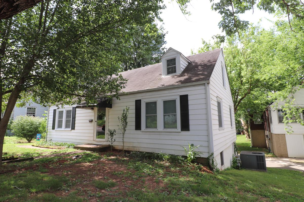 309 Locust St, McMinnville, TN 37110 - McMinnville, TN real estate listing