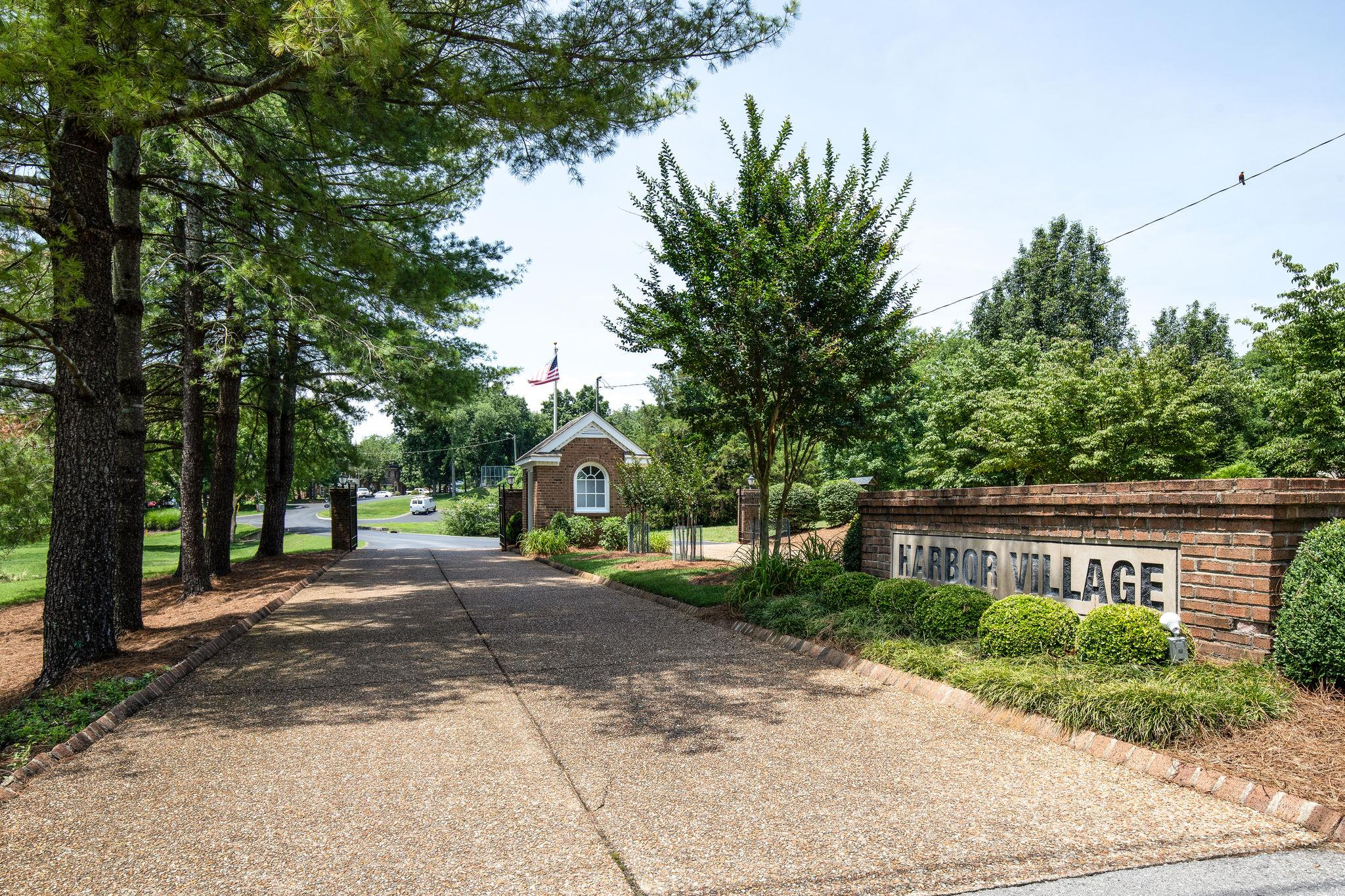 611 Glenn Circle, Madison, TN 37115 - Madison, TN real estate listing