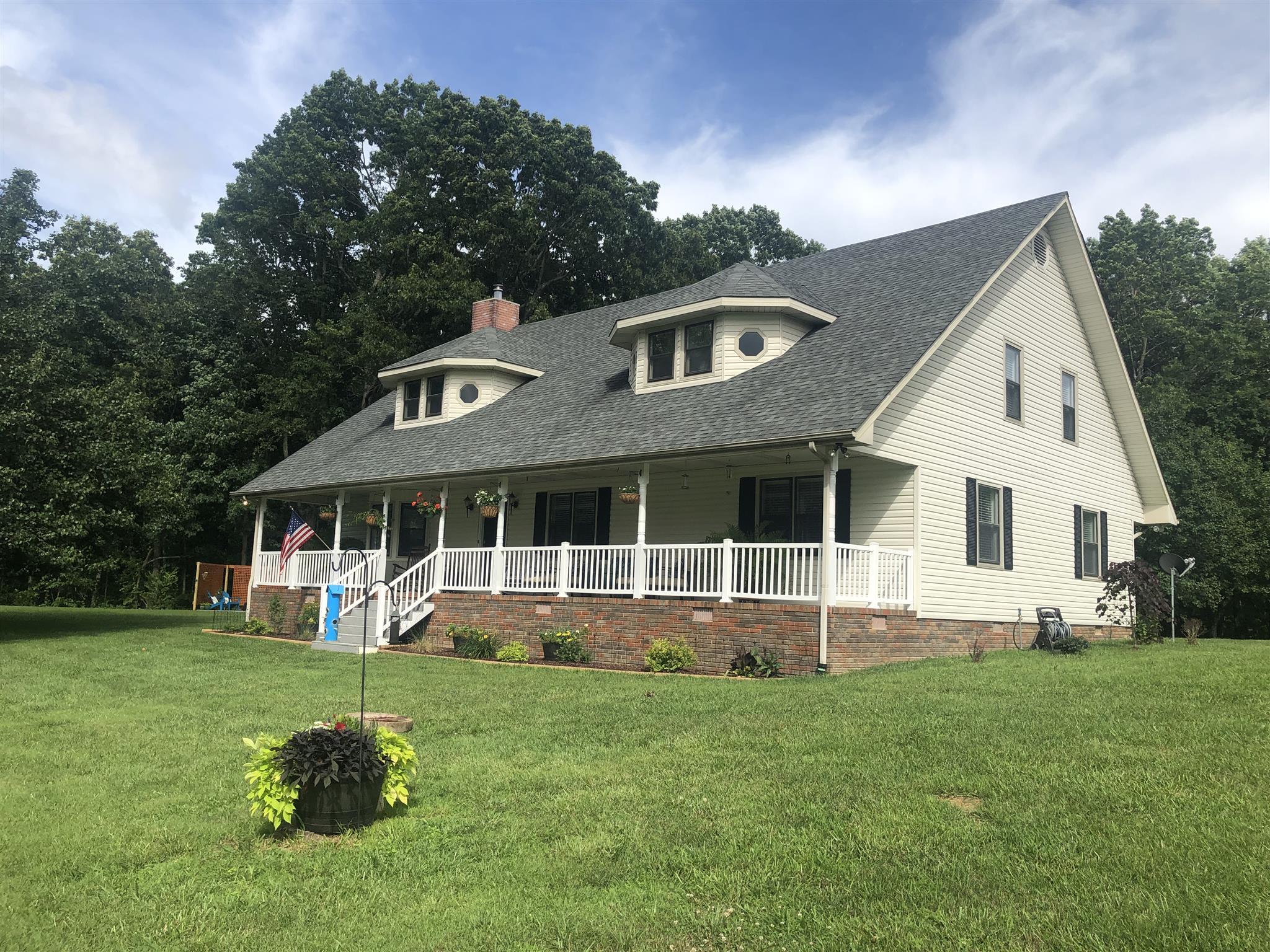 229 Gradys Rd, McMinnville, TN 37110 - McMinnville, TN real estate listing