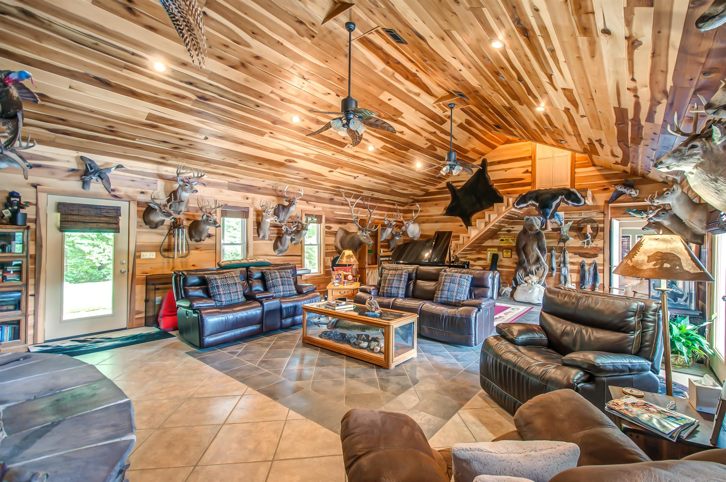 1632 Cedar Grove Rd, Hurricane Mills, TN 37078 - Hurricane Mills, TN real estate listing