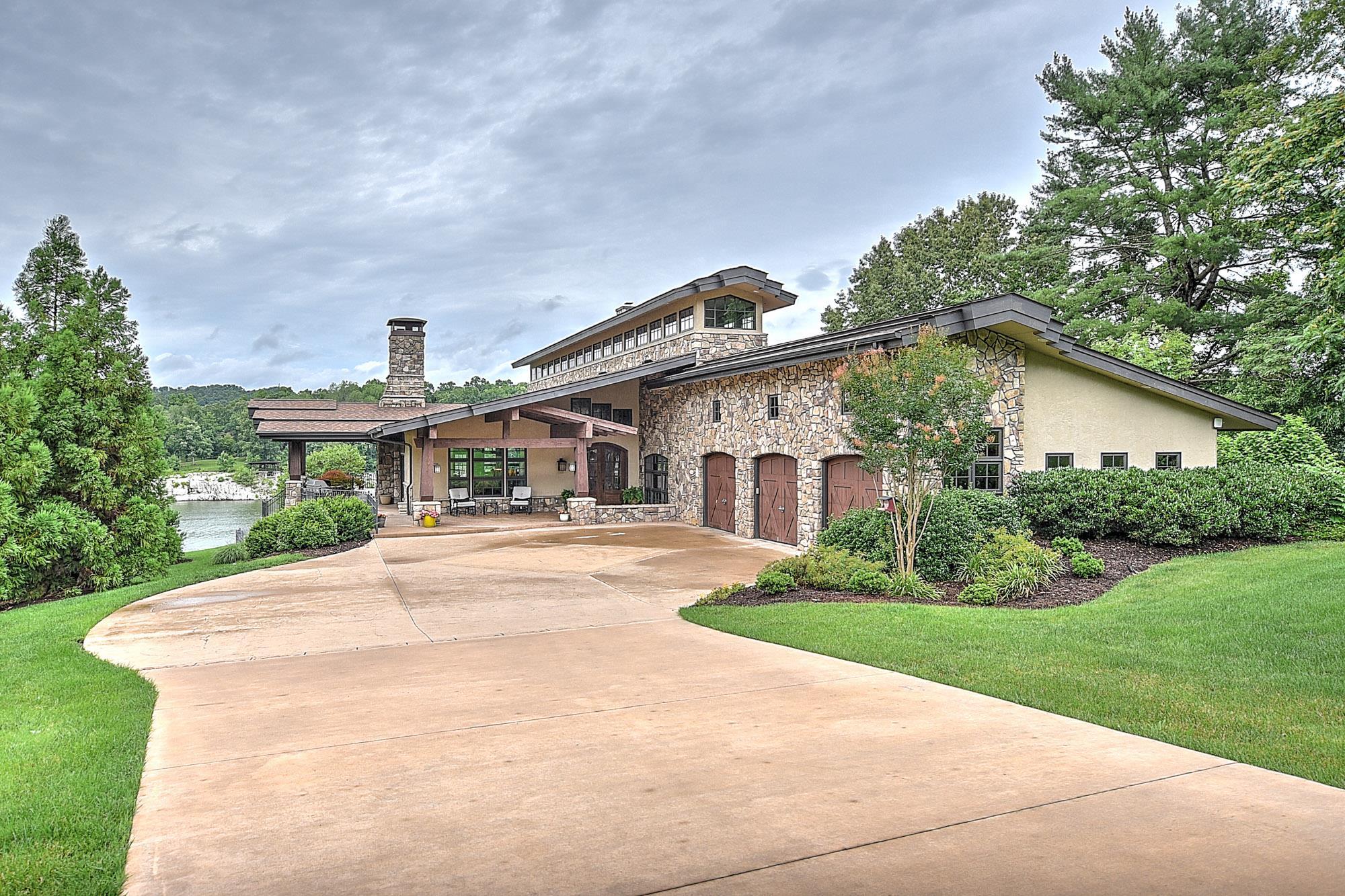 37686 Real Estate Listings Main Image