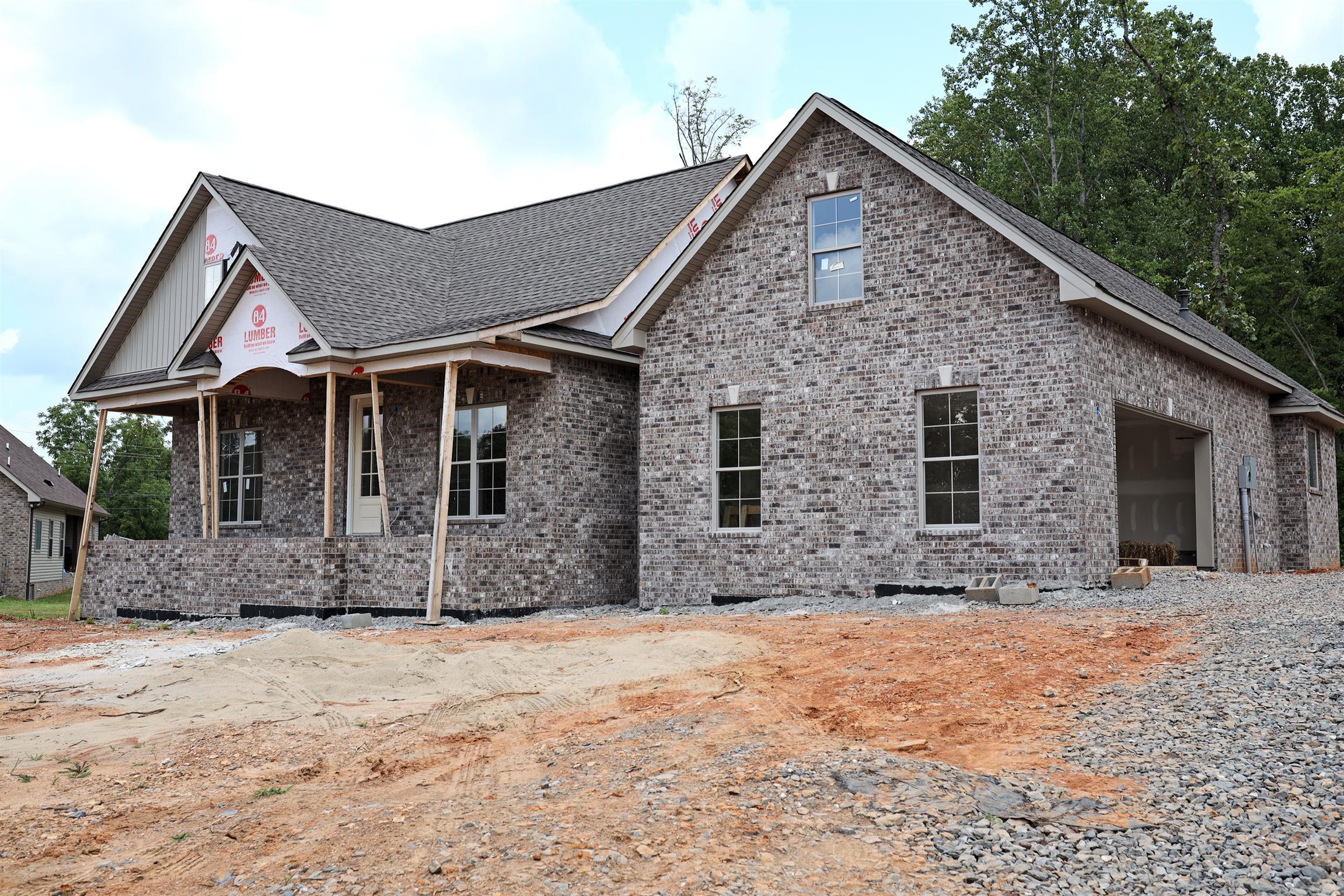 719B N Russell St, Portland, TN 37148 - Portland, TN real estate listing