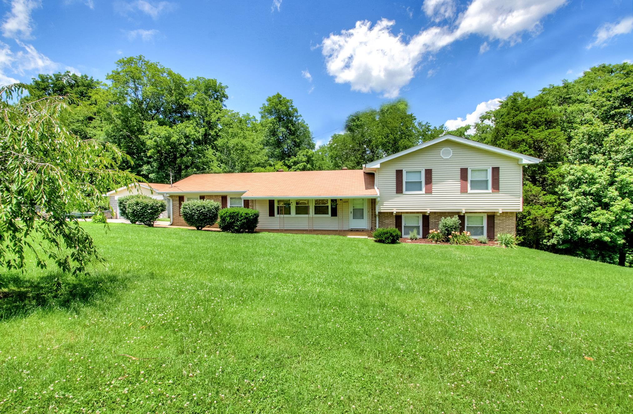 609 Sunnyslope Ct, Goodlettsville, TN 37072 - Goodlettsville, TN real estate listing