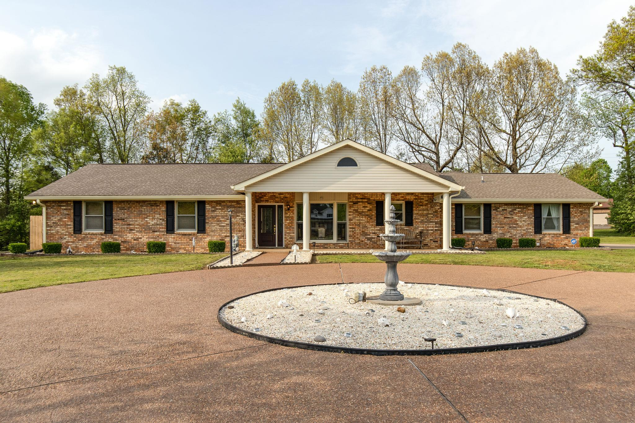 3001 Southwark Dr Property Photo - Springfield, TN real estate listing
