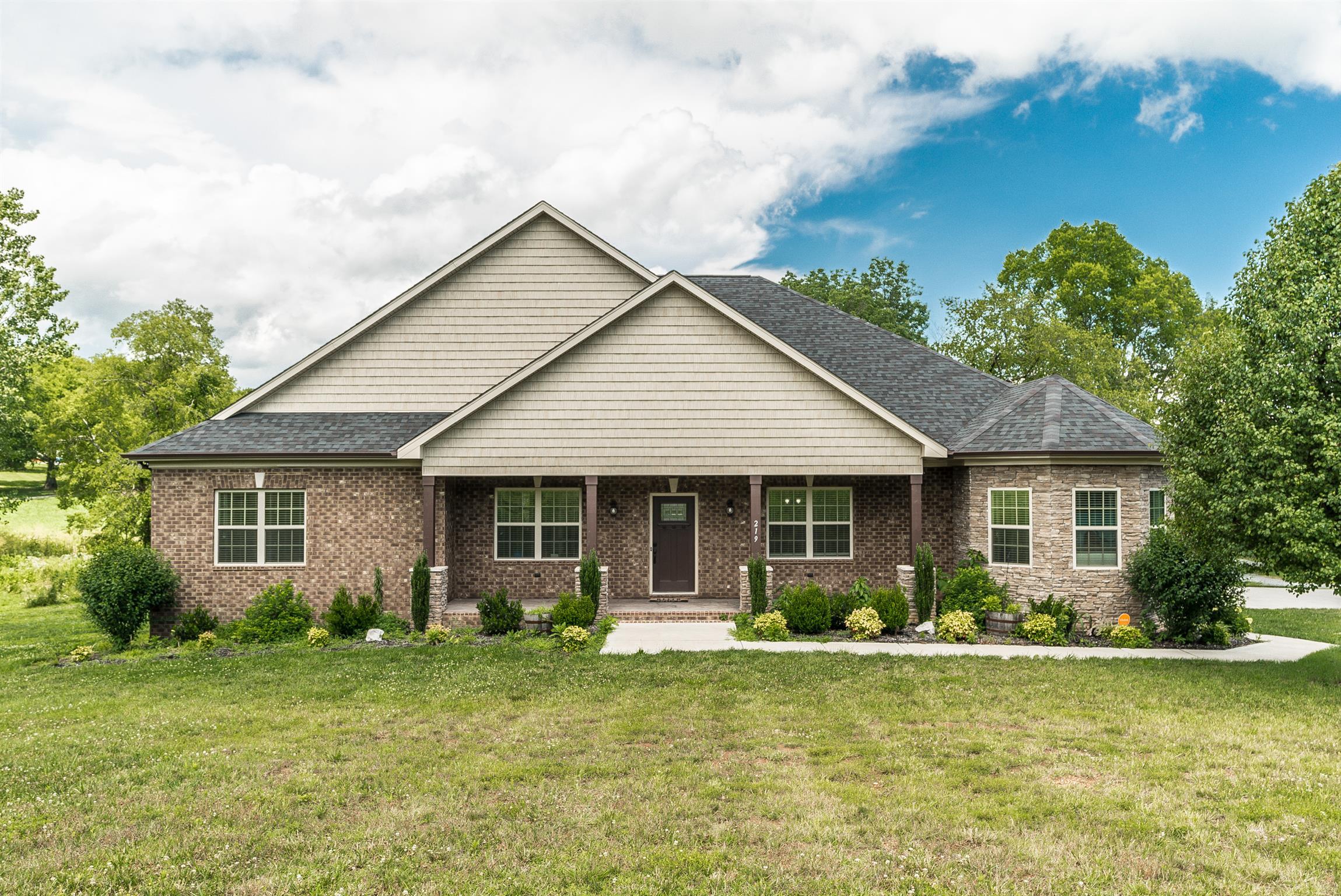 219 HARSH LANE, Castalian Springs, TN 37031 - Castalian Springs, TN real estate listing