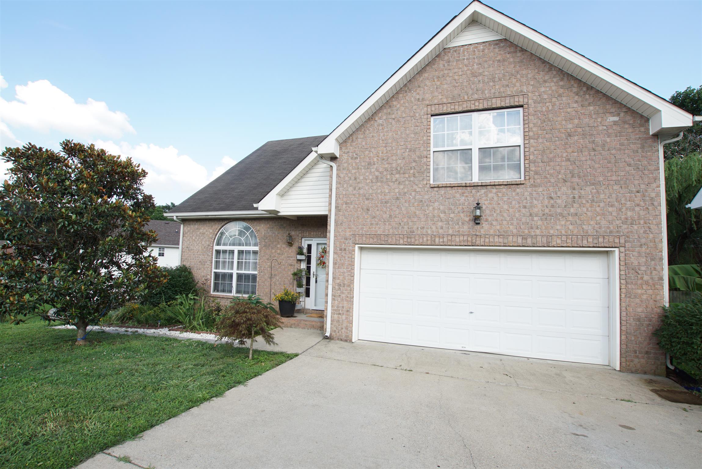 282 Iris Dr, Hendersonville, TN 37075 - Hendersonville, TN real estate listing