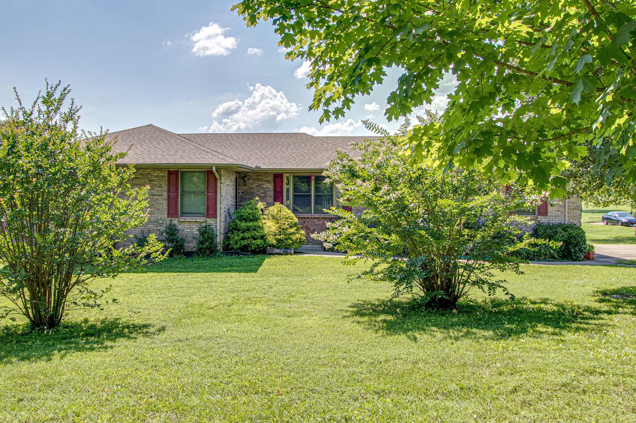 1007 Brave Hill Rd, Castalian Springs, TN 37031 - Castalian Springs, TN real estate listing