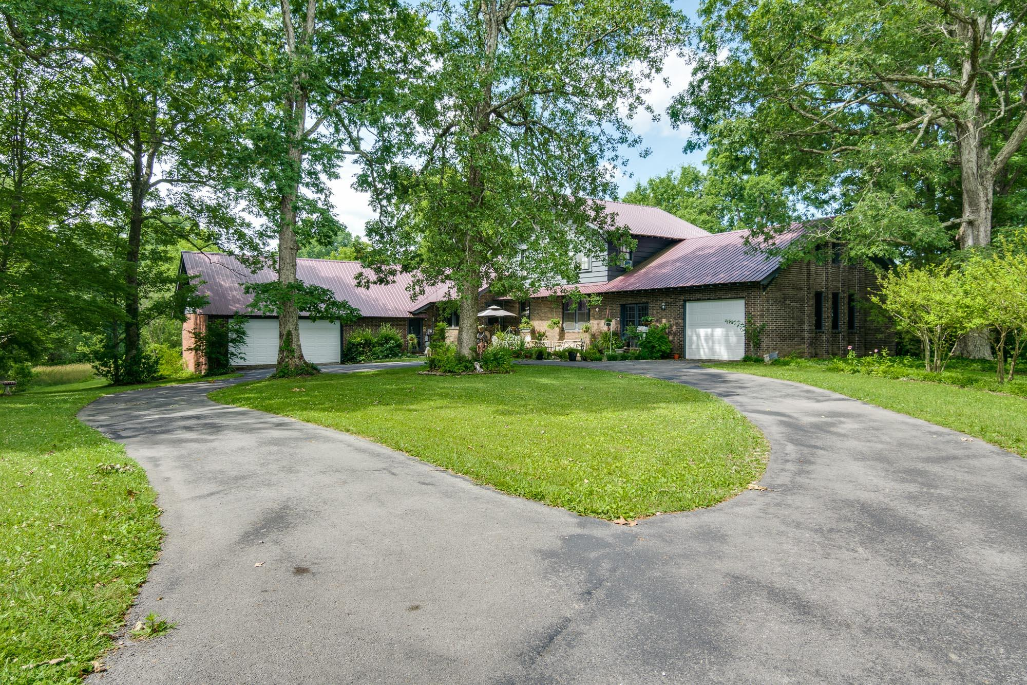 958 Lemont And Yates Mountain , Spencer, TN 38585 - Spencer, TN real estate listing