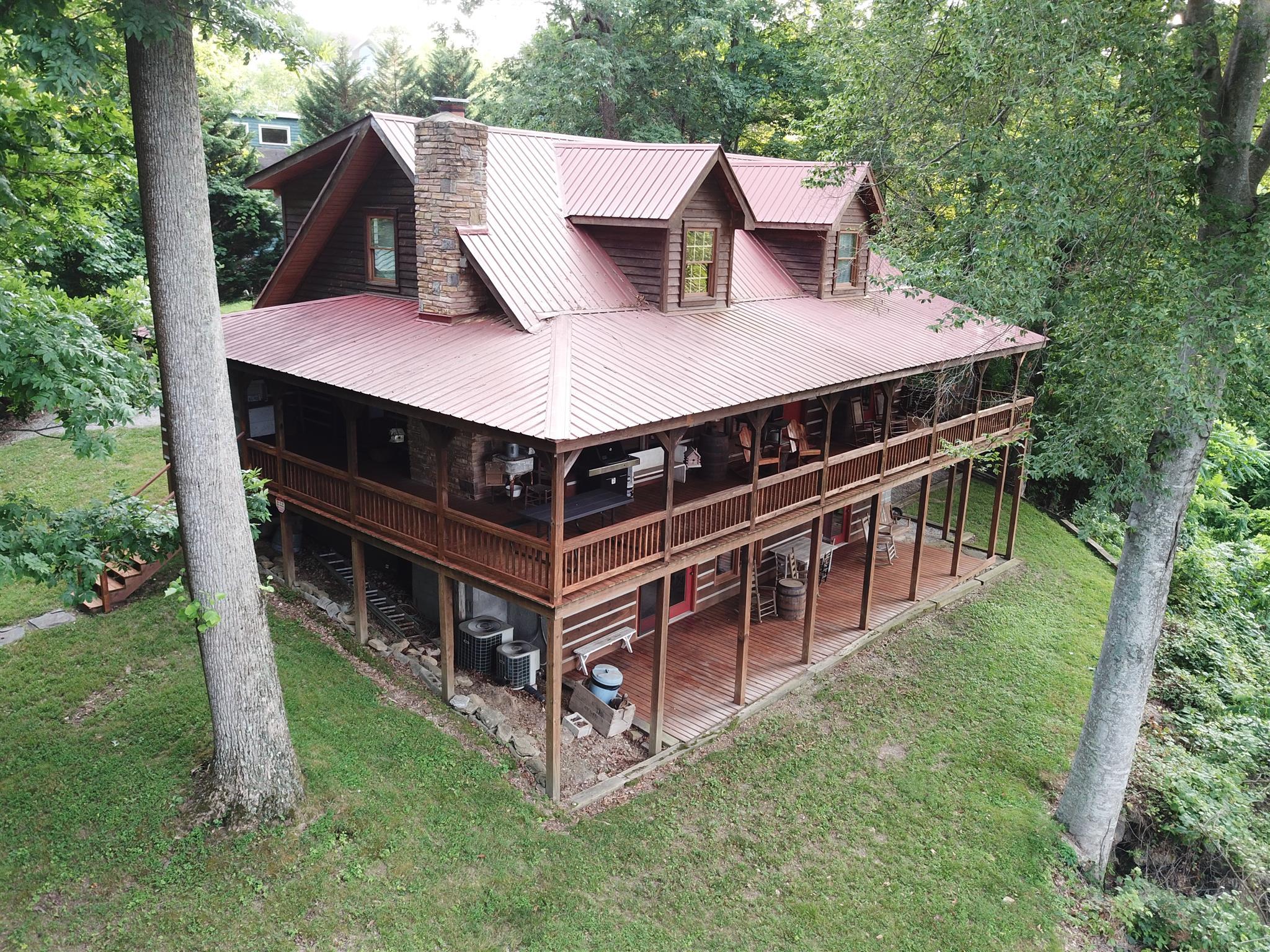 256 E View Dr, Lancaster, TN 38569 - Lancaster, TN real estate listing