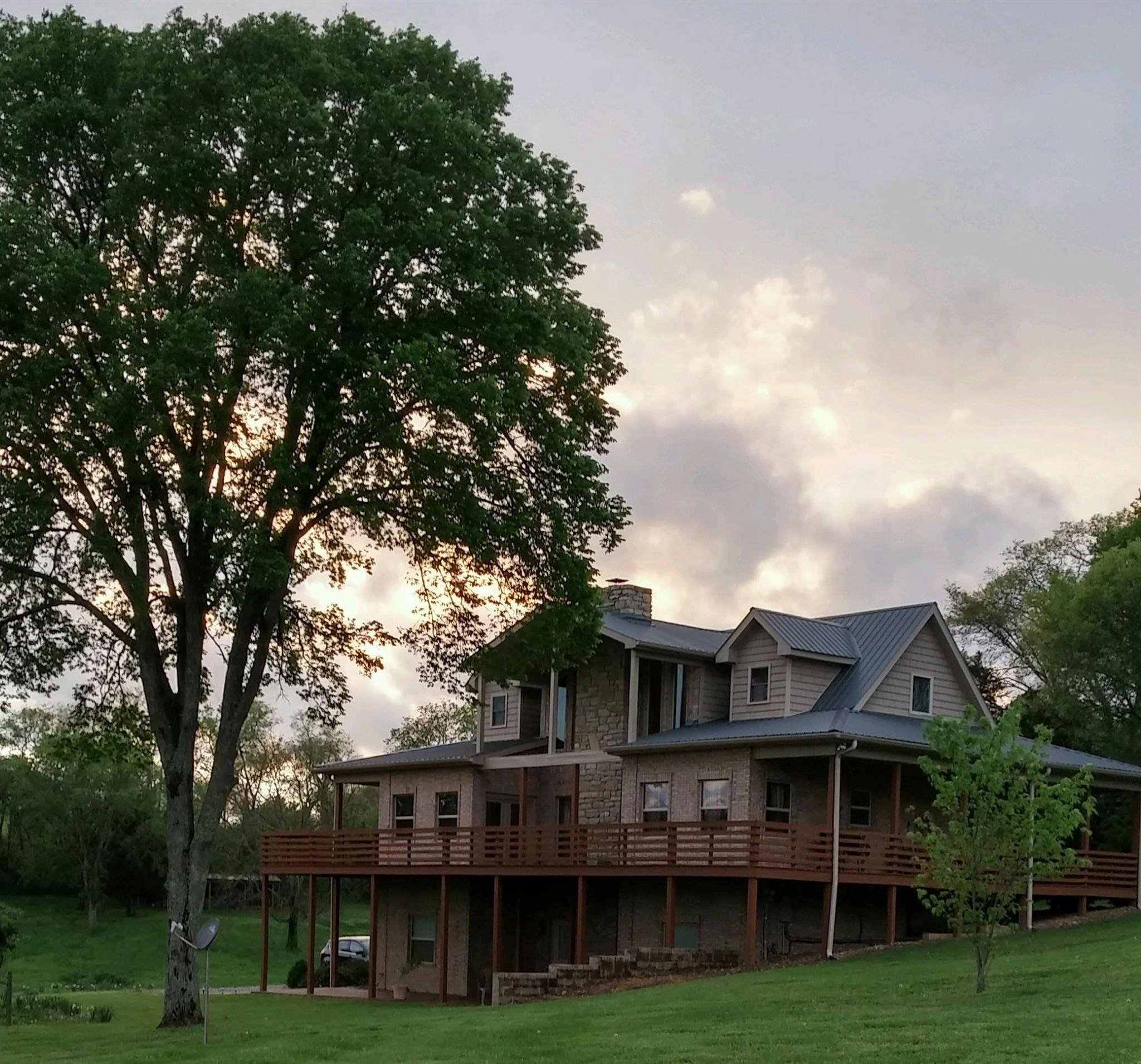 142 Dixon Ln, Castalian Springs, TN 37031 - Castalian Springs, TN real estate listing