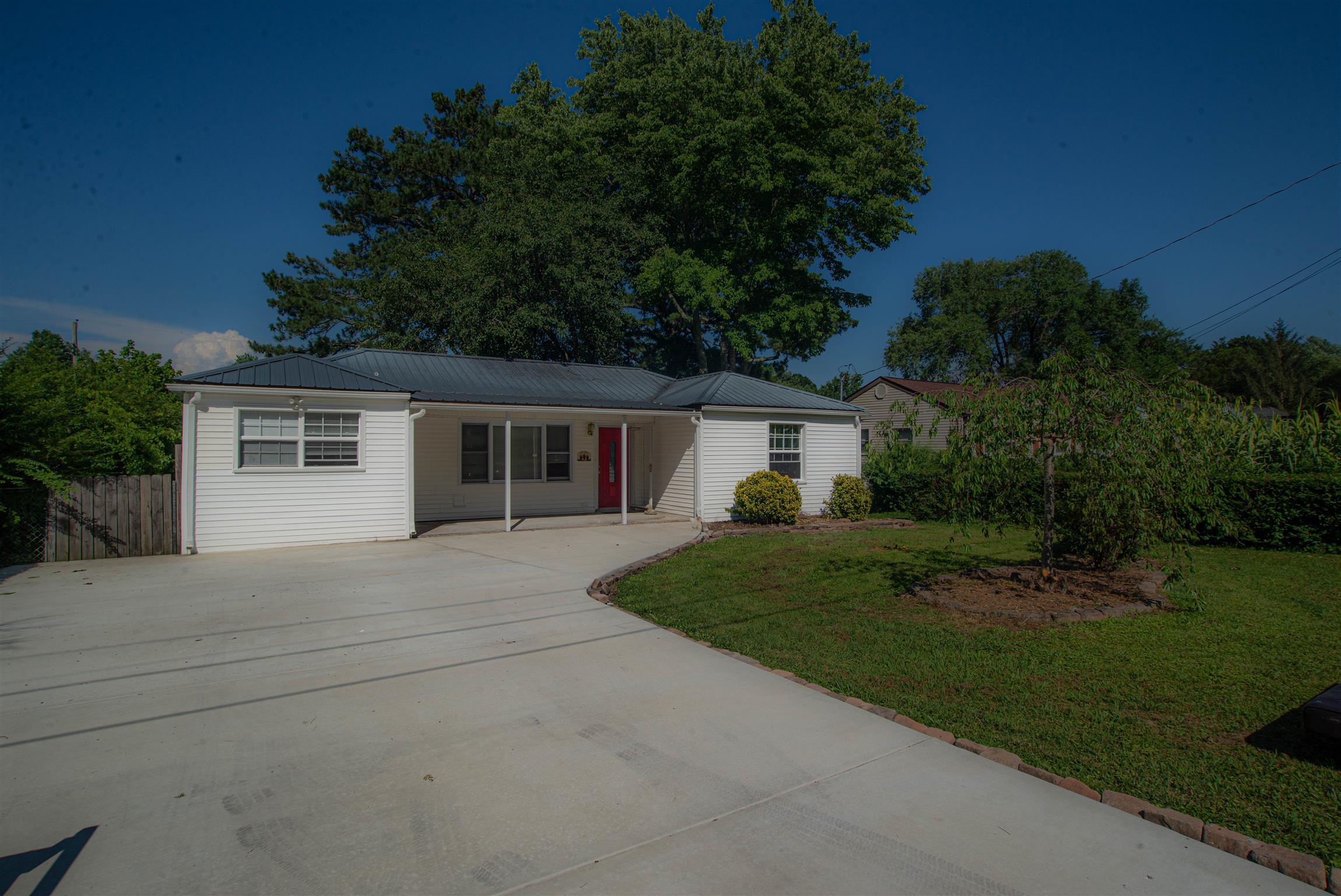 910 1St Ave, Tullahoma, TN 37388 - Tullahoma, TN real estate listing