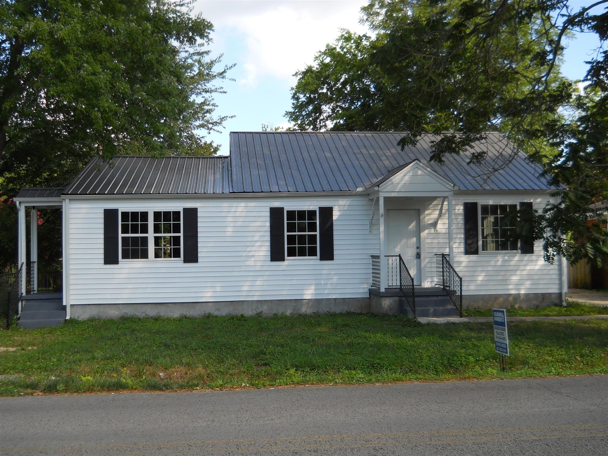 407 W Grundy St, Tullahoma, TN 37388 - Tullahoma, TN real estate listing
